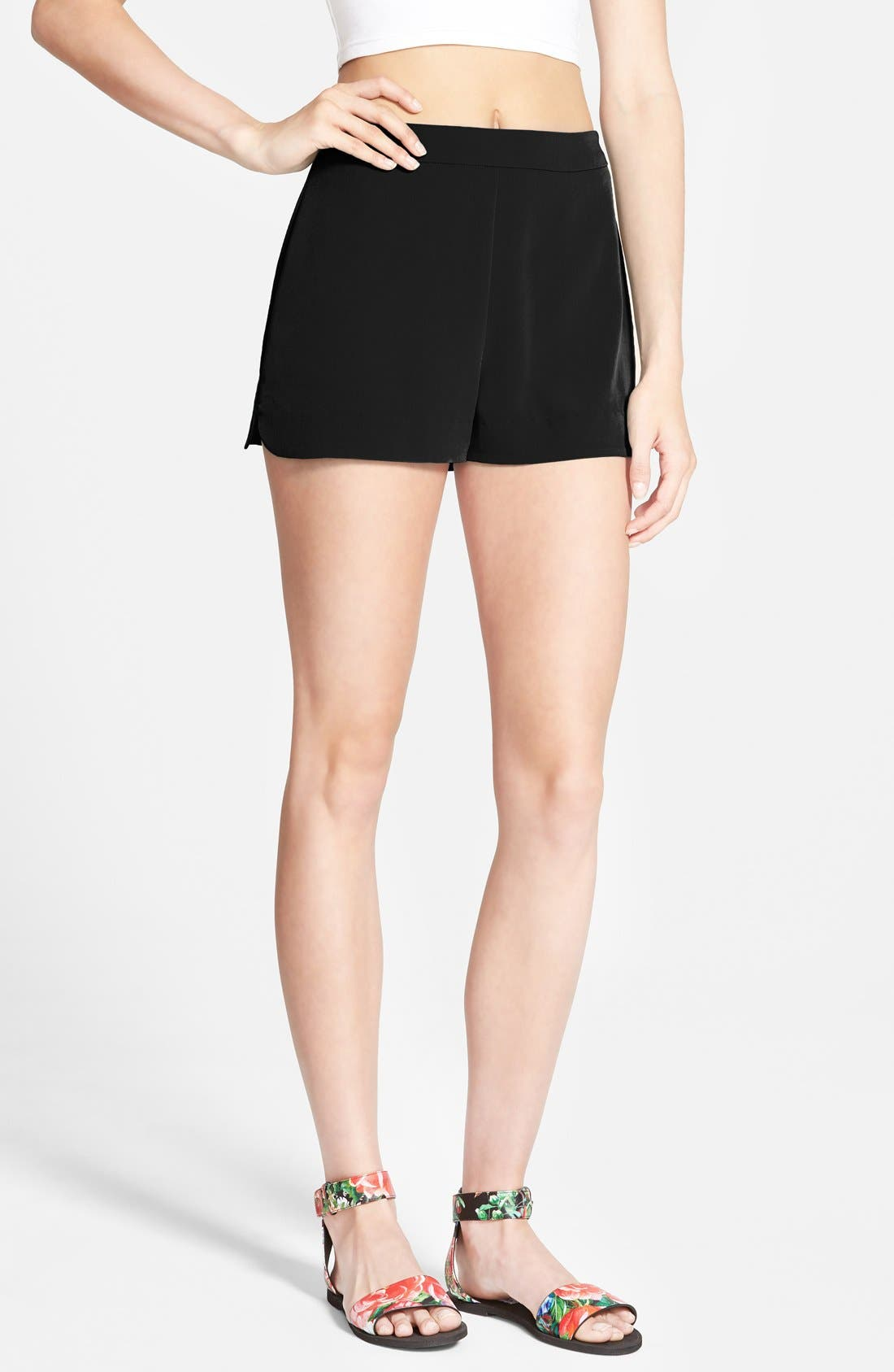 Main Image - Lush Woven Trouser Shorts