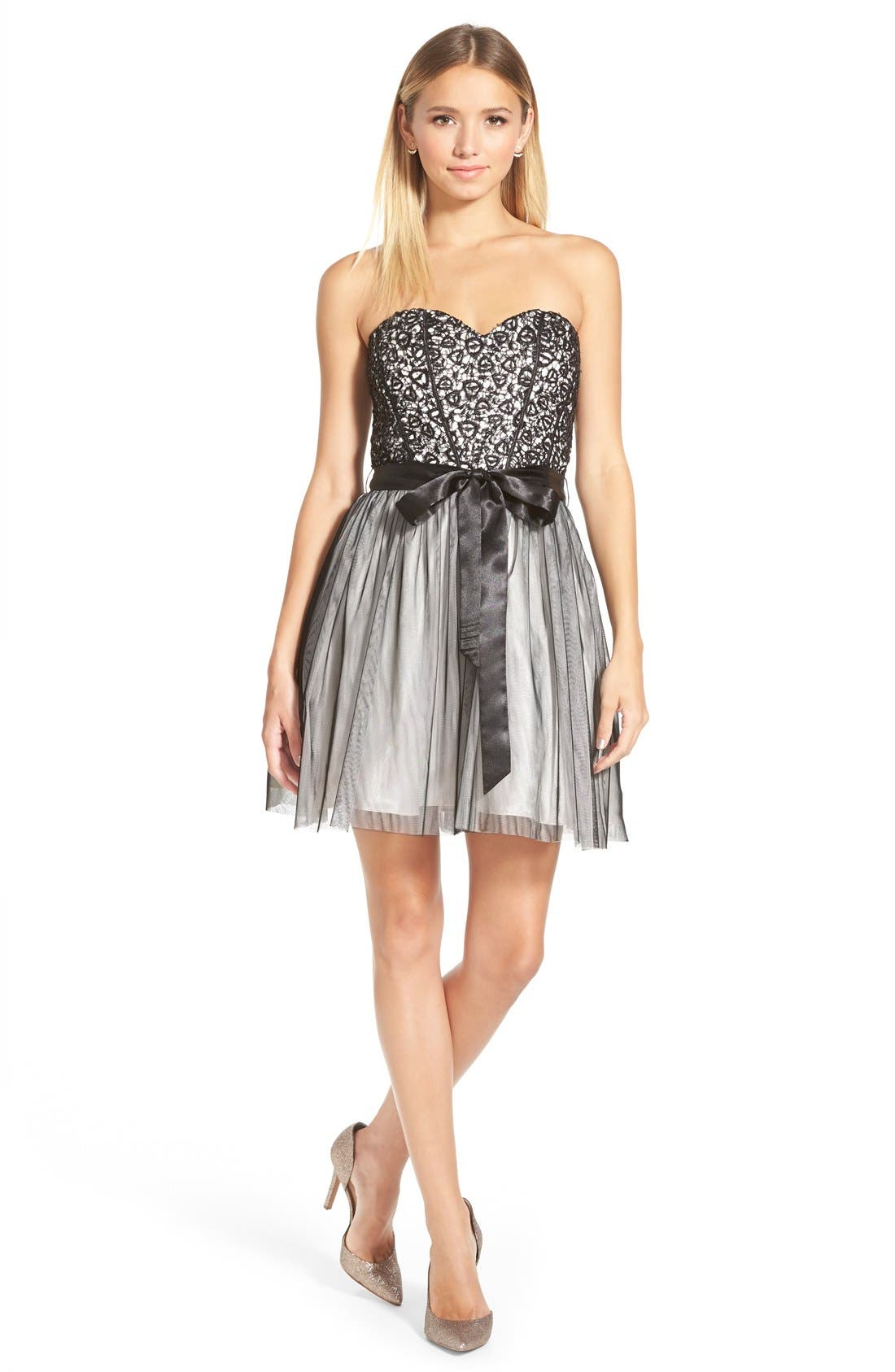 Main Image - Steppin Out Sequin Lace Strapless Skater Dress (Juniors)