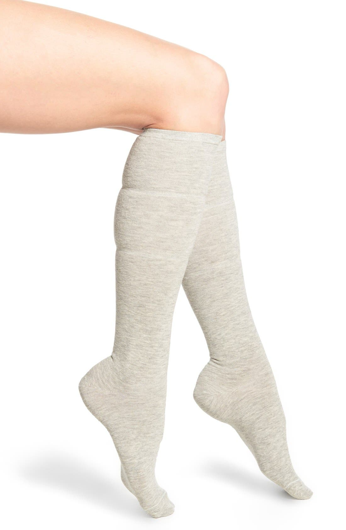 Main Image - Yummie by Heather Thomson Gathered Knee High Socks