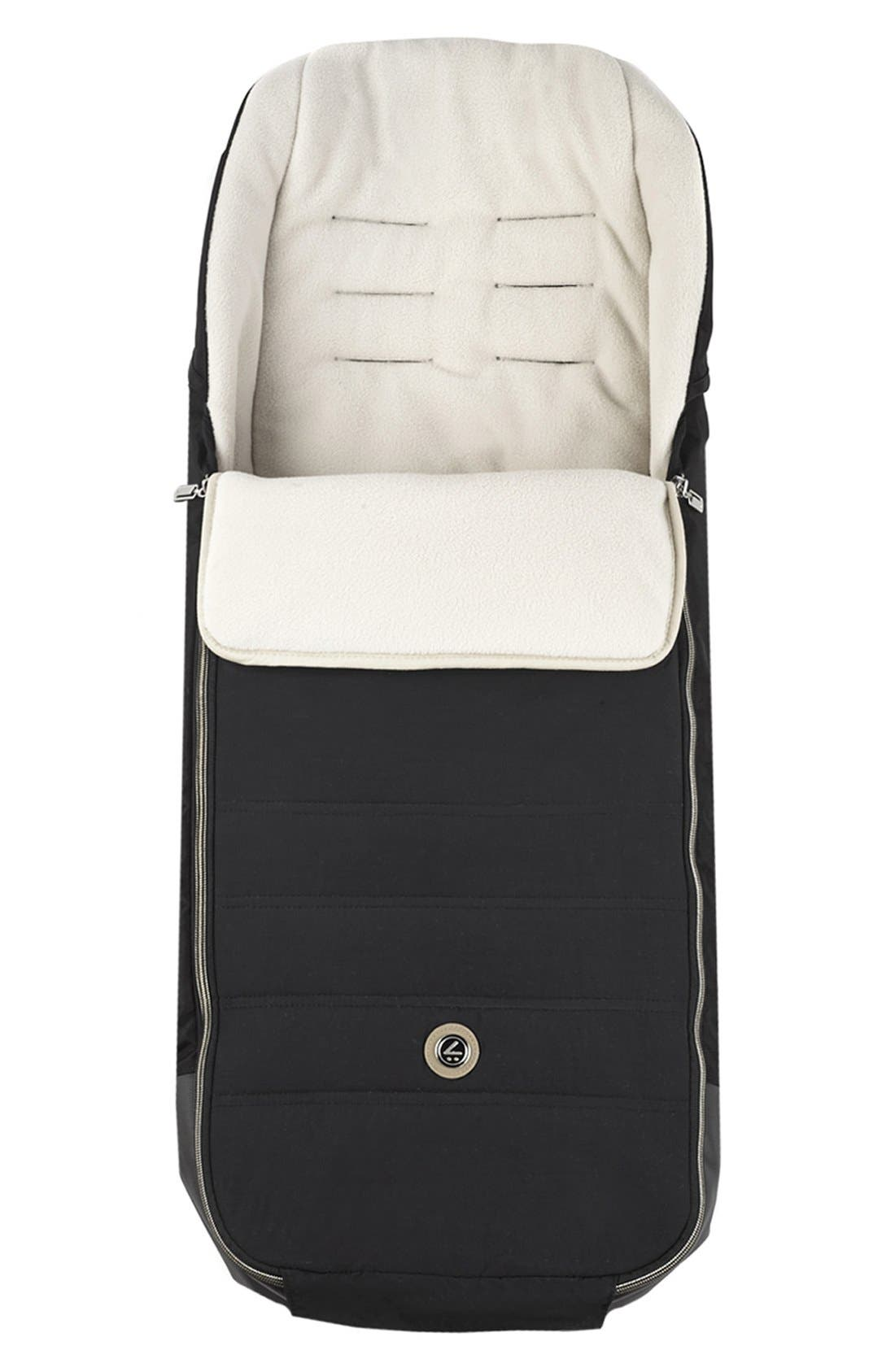 MUTSY 'Igo - Reflect Cosmo Black' Quilted Water