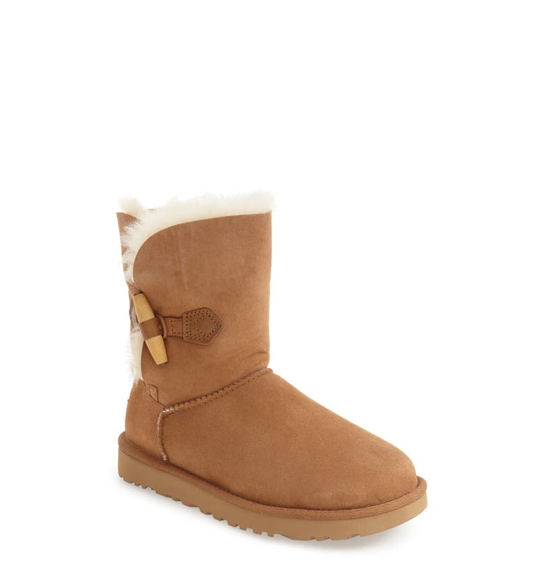 Shop a great selection of UGG Girls' Shoes at Nordstrom Rack. Find designer UGG Girls' Shoes up to 70% off and get free shipping on orders over $