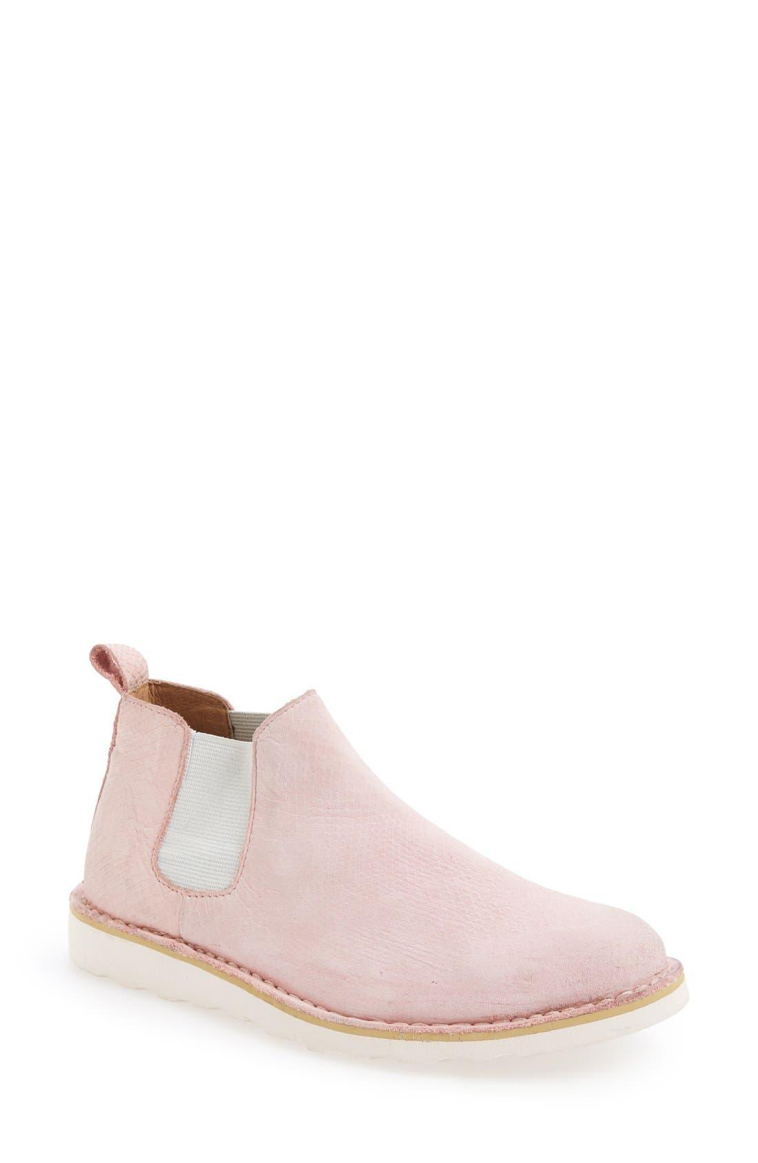 Blackstone 'LL72' Chukka Boot (Women)