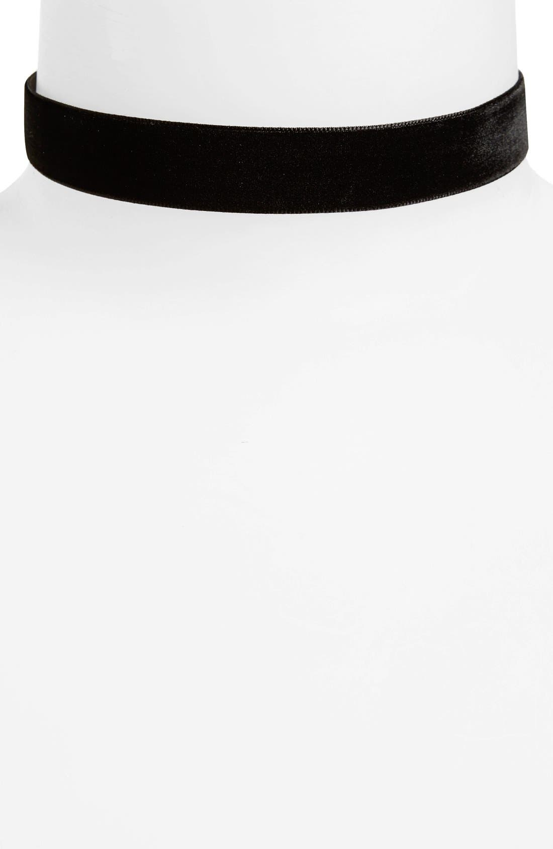 Main Image - Topshop 'Thick and Thin' Velvet Chokers (Set of 2)