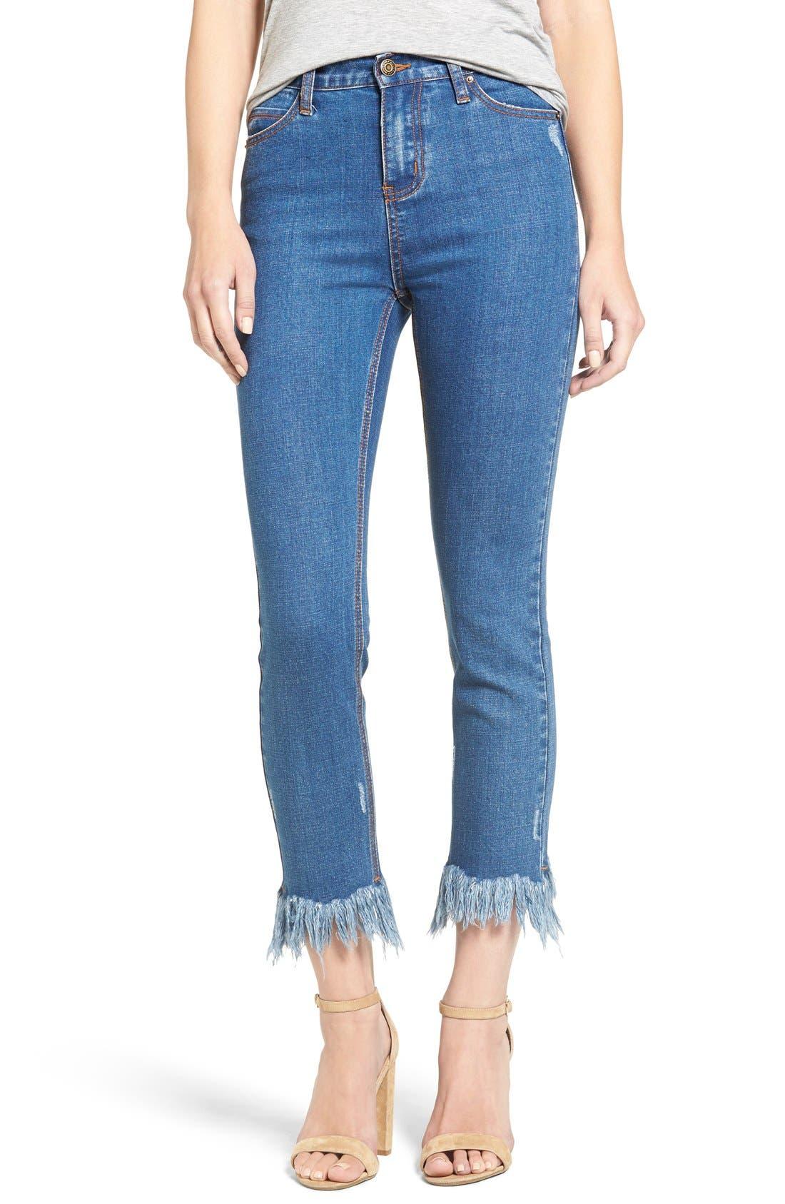 MOON RIVER Frayed Hem High Rise Crop Jeans