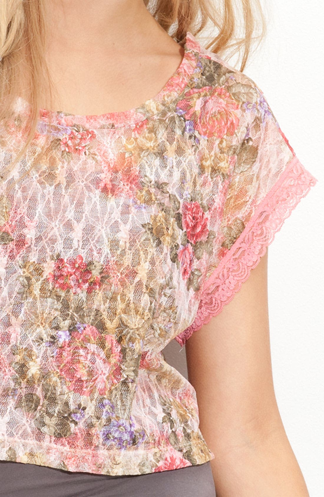 Alternate Image 3  - WallpapHer Floral Lace Cropped Top (Juniors)