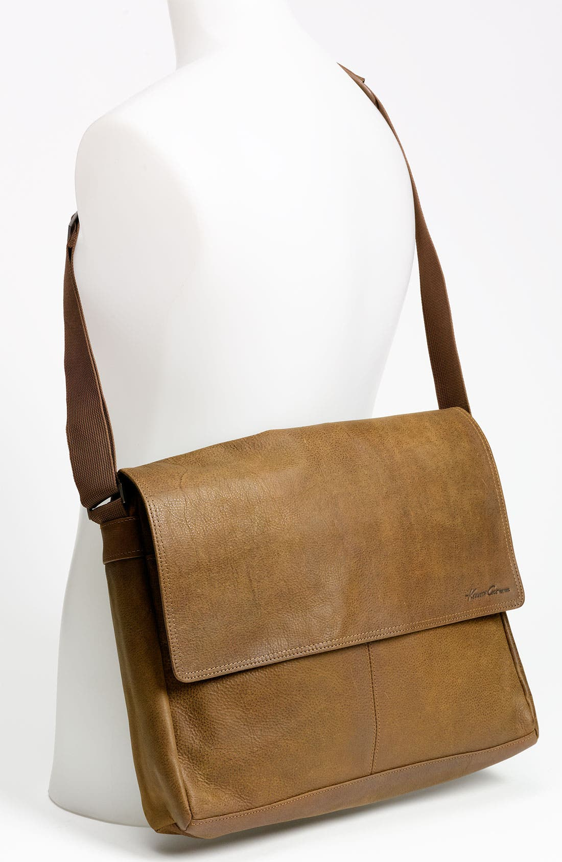 Alternate Image 4  - Kenneth Cole New York 'Thunder' Leather Messenger Bag