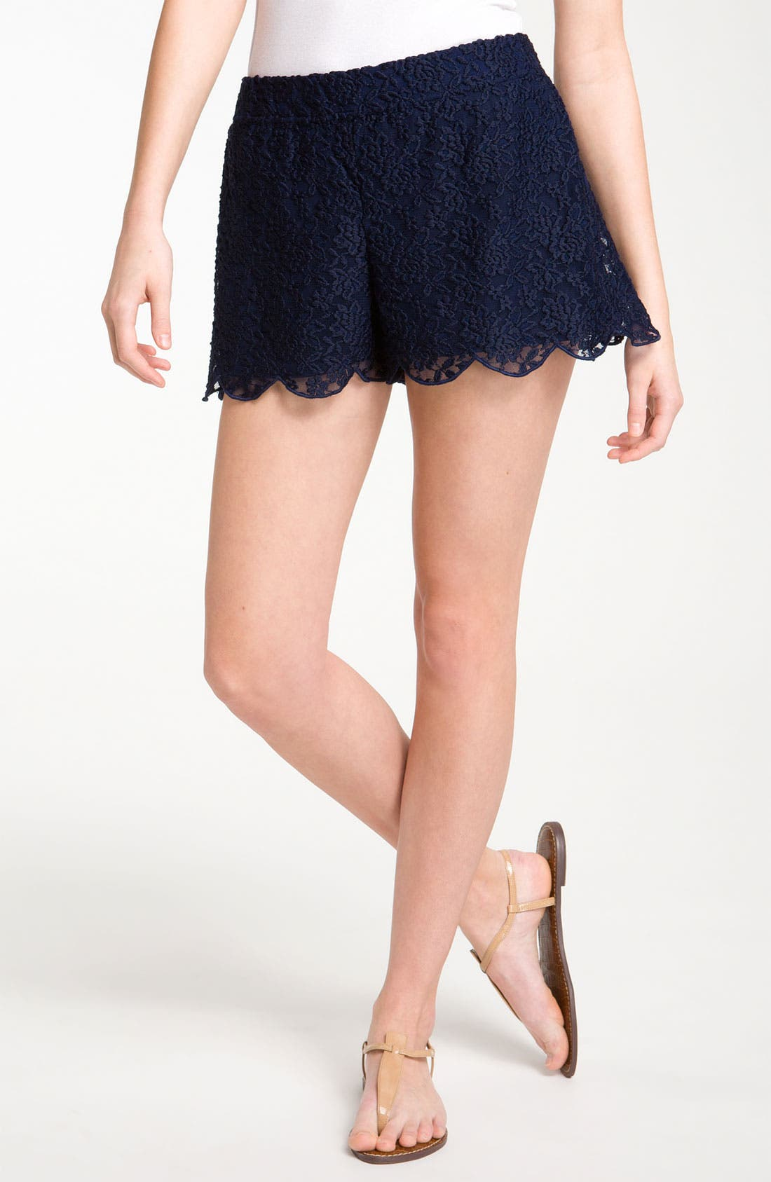 Main Image - Free People Scalloped Lace Shorts