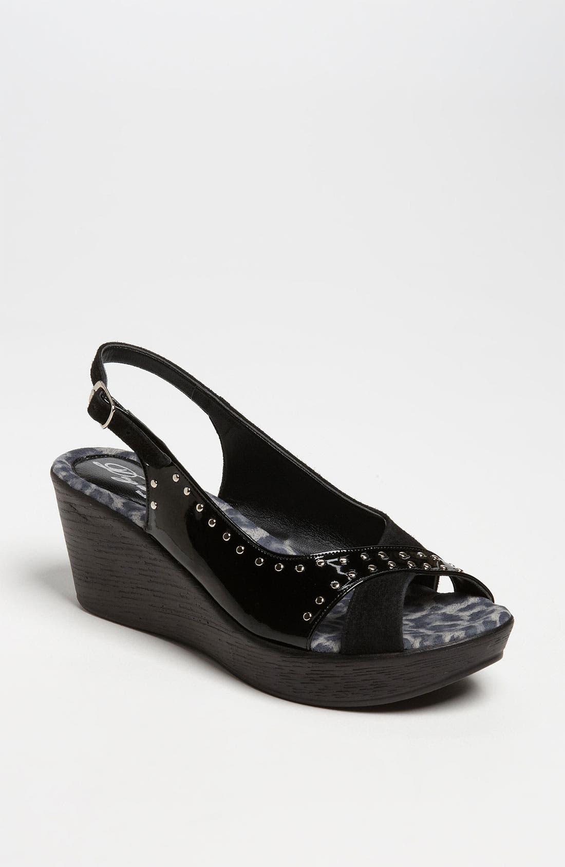 Alternate Image 1 Selected - Dezario 'Roma' Sandal