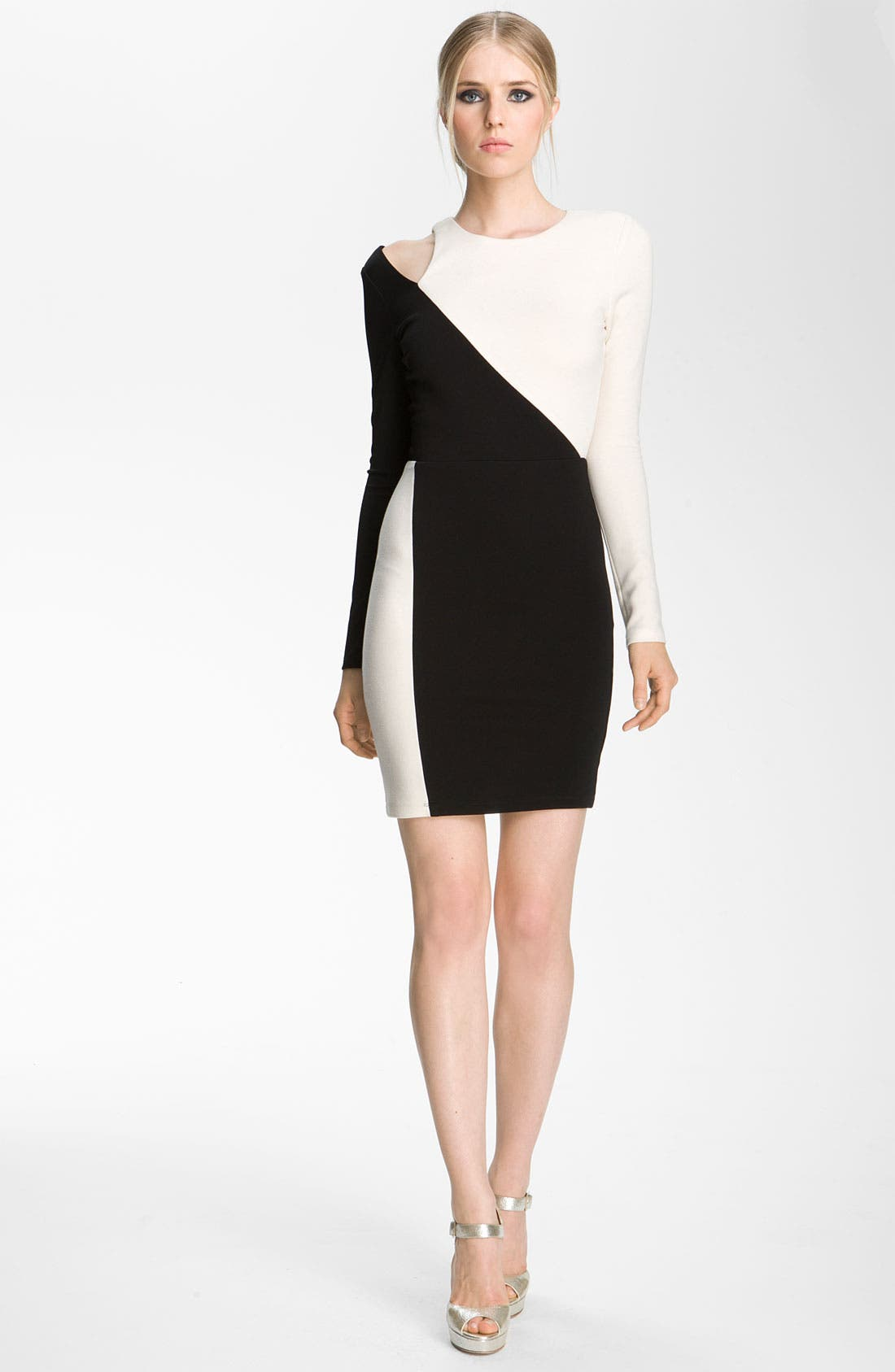 Main Image - Alice + Olivia 'Josefina' Cutout Shoulder Sheath Dress