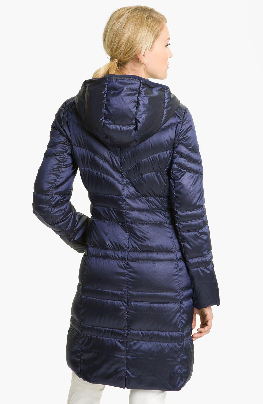 Alternate Image 2  - Bernardo Lightweight Hooded Walking Coat