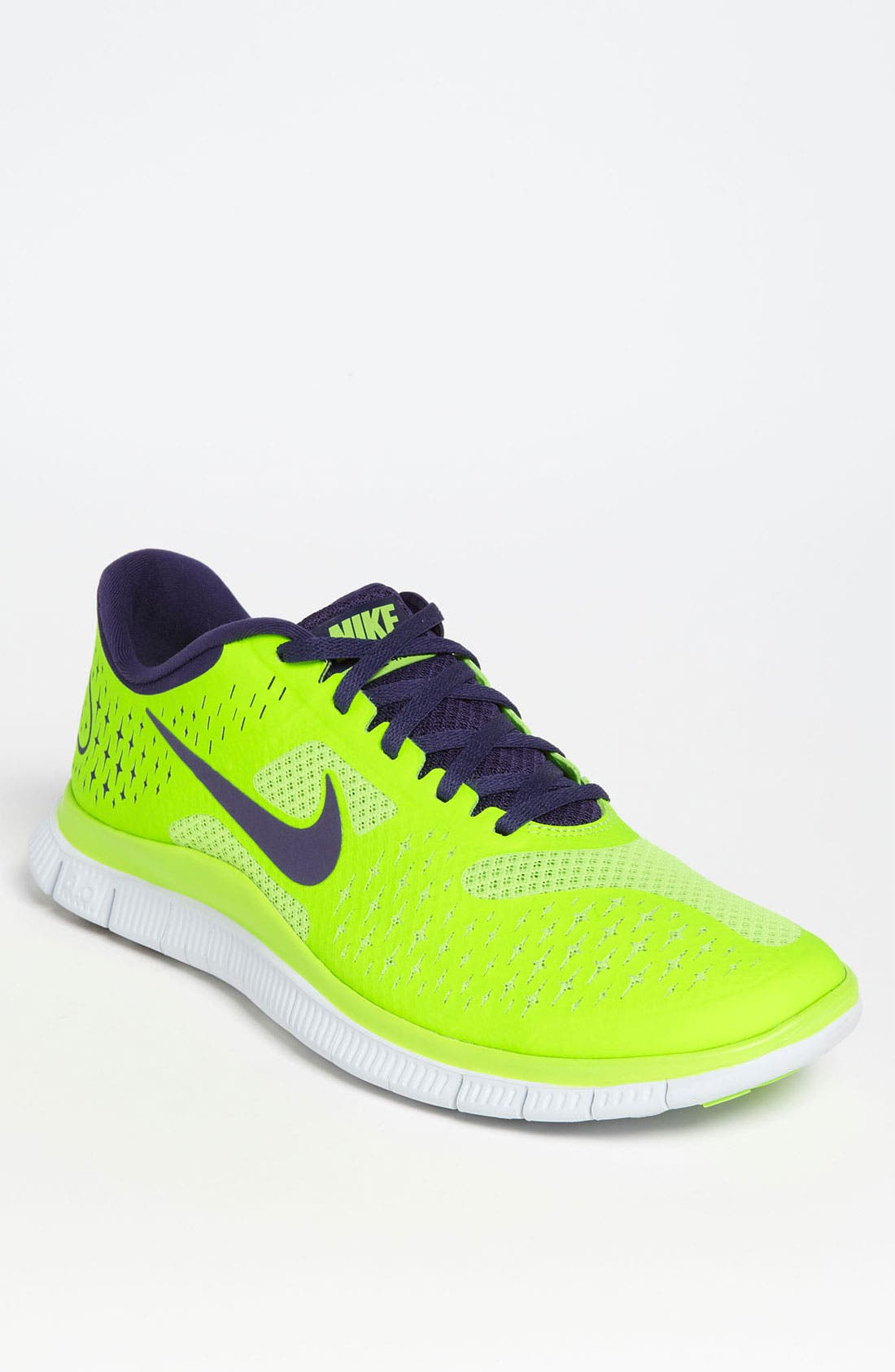 Alternate Image 1 Selected - Nike 'Free V2' Running Shoe (Men)