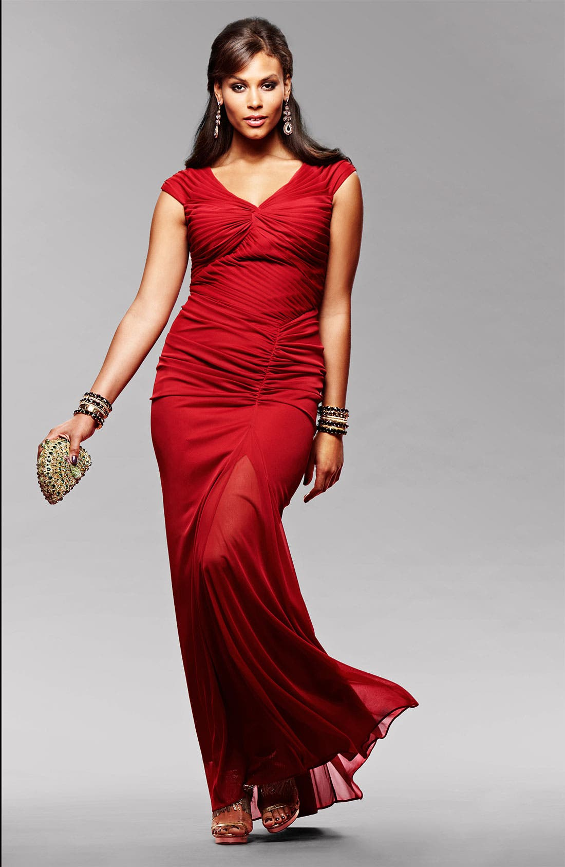 Main Image - Adrianna Papell Gown & Accessories