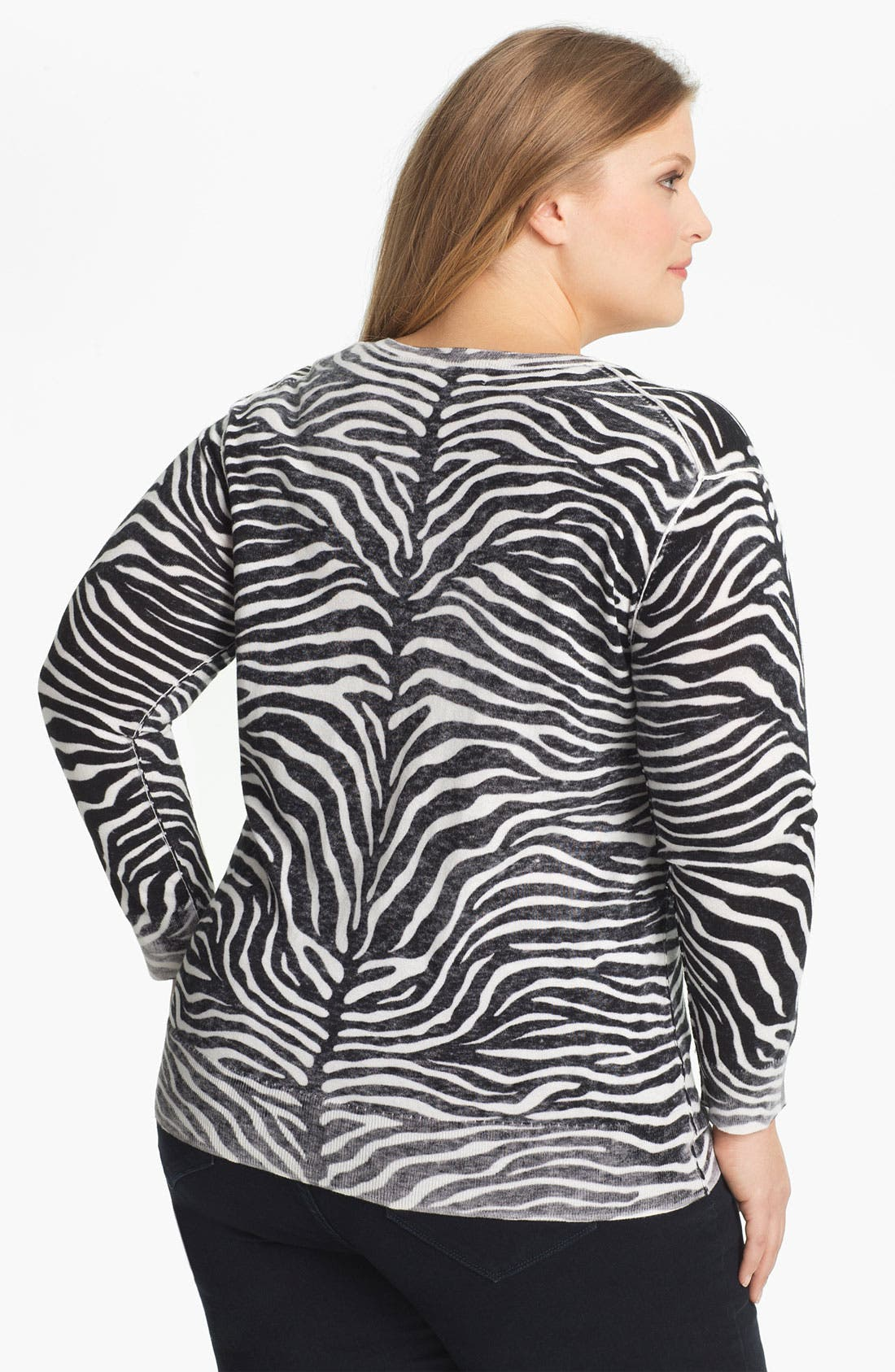 Alternate Image 2  - MICHAEL Michael Kors Print V-Neck Sweater (Plus)