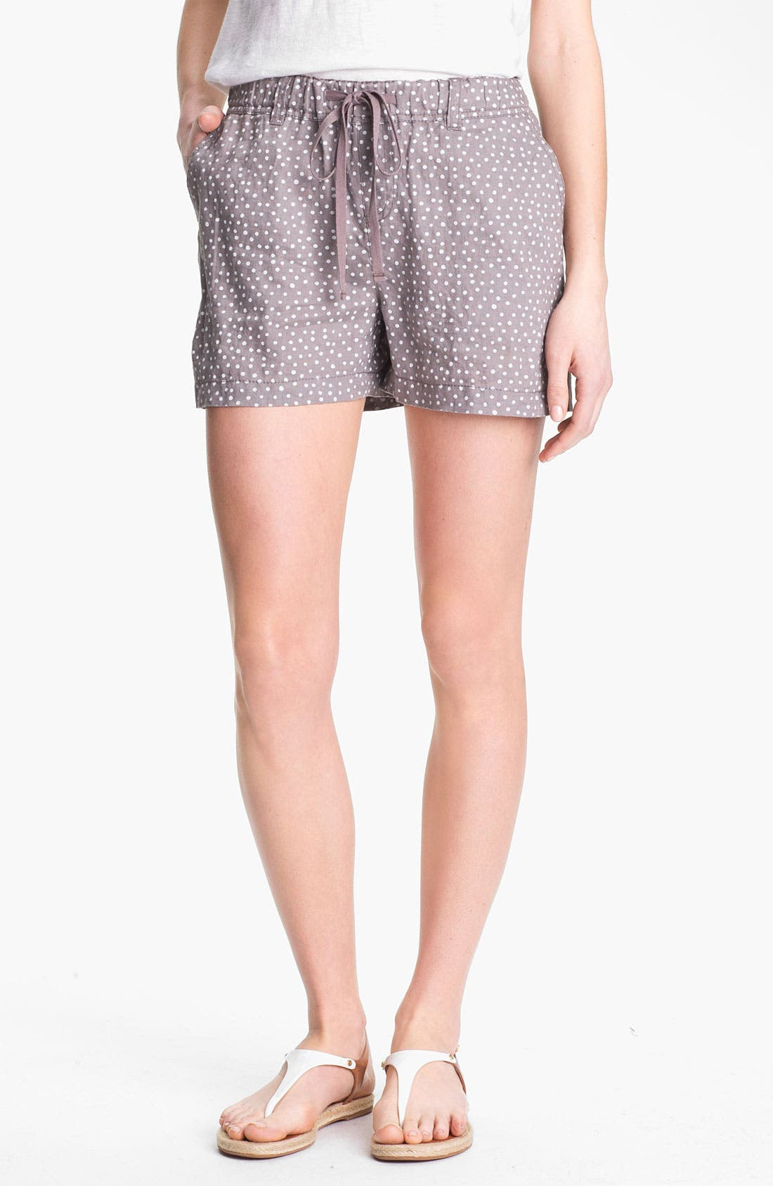 Main Image - Caslon® Drawstring Linen Shorts (Regular & Petite)