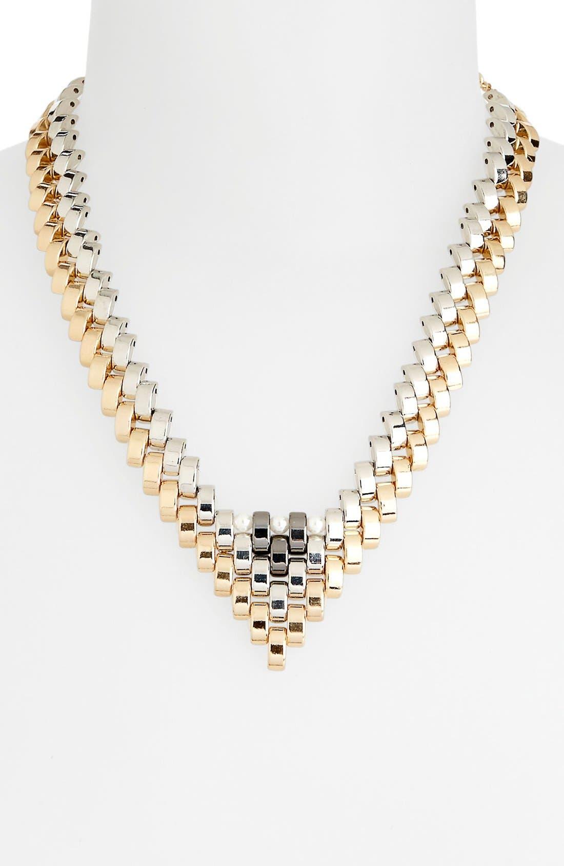 Alternate Image 1 Selected - Topshop 'V-Link' Collar Necklace