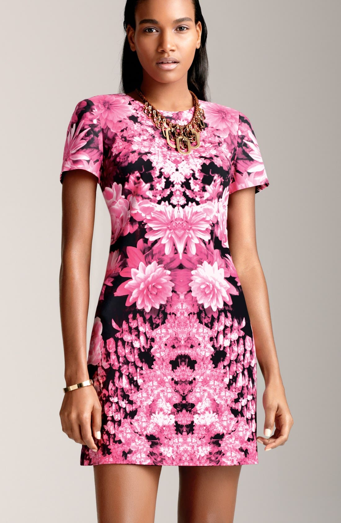 Alternate Image 2  - MICHAEL Michael Kors Short Sleeve Print Dress