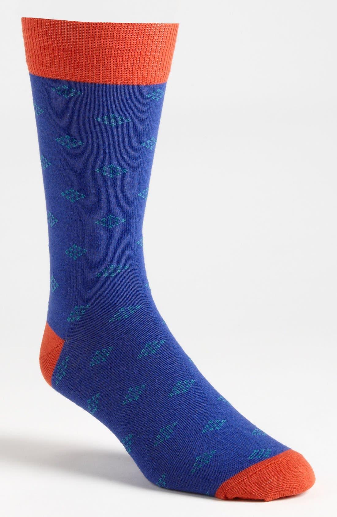 Main Image - Topman Diamond Pattern Socks