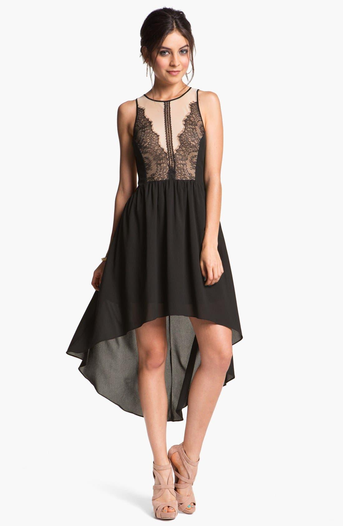 Main Image - En Crème Lace Illusion High/Low Dress (Juniors)