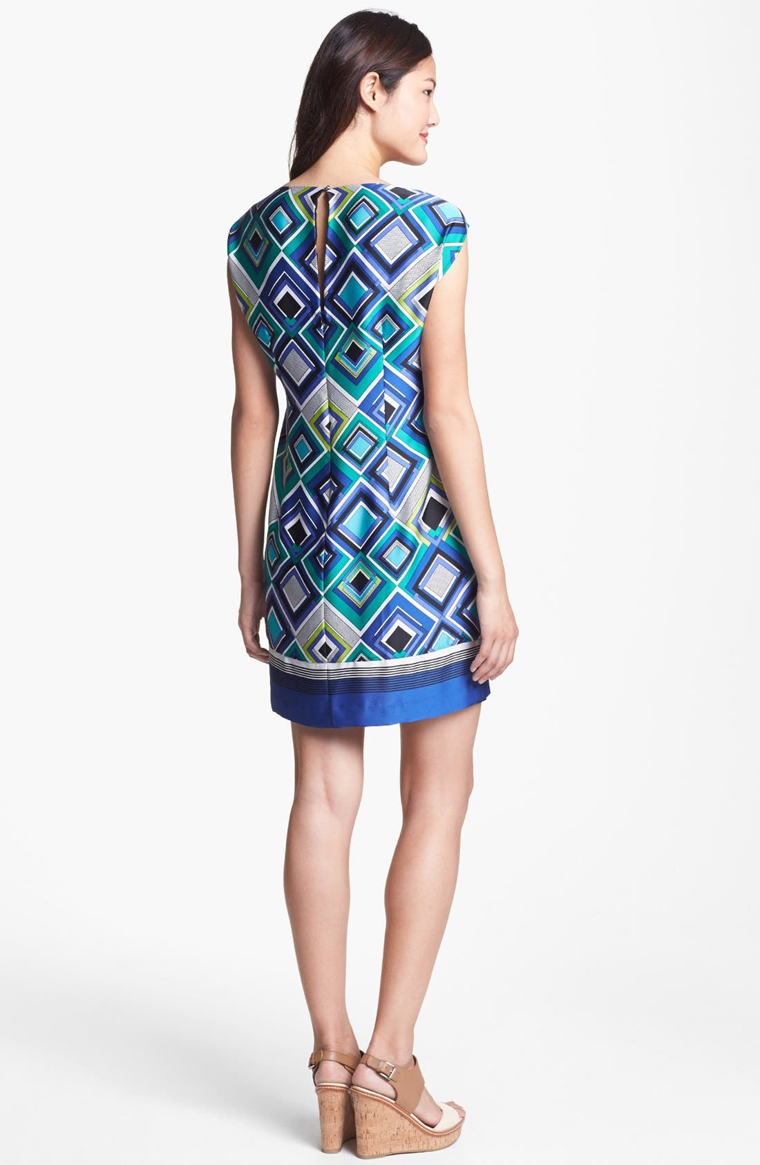 Alternate Image 2  - Laundry by Shelli Segal Cap Sleeve Print Shift Dress