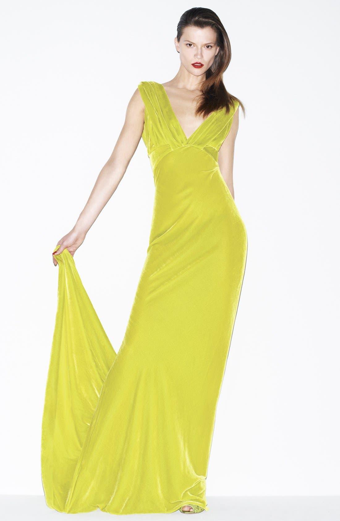 Alternate Image 4  - Oscar de la Renta Draped Velvet Gown