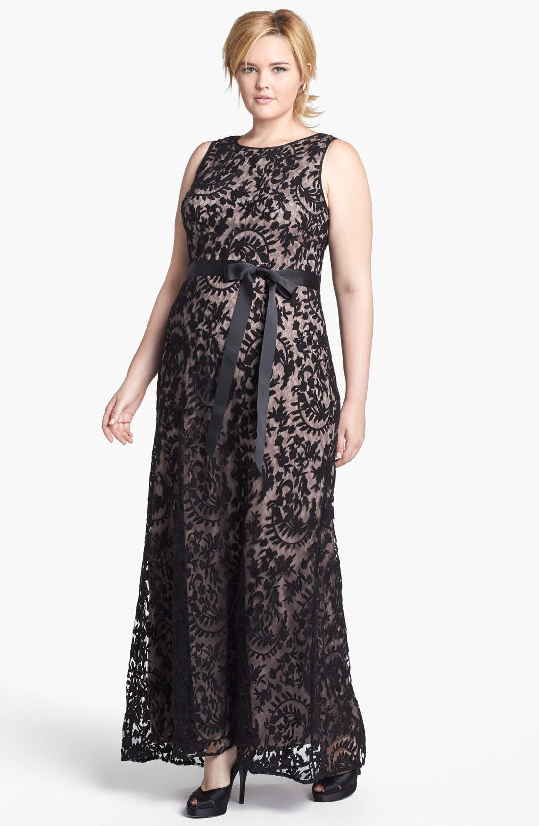 Alternate Image 1 Selected - Adrianna Papell Lace Mermaid Gown (Plus Size)