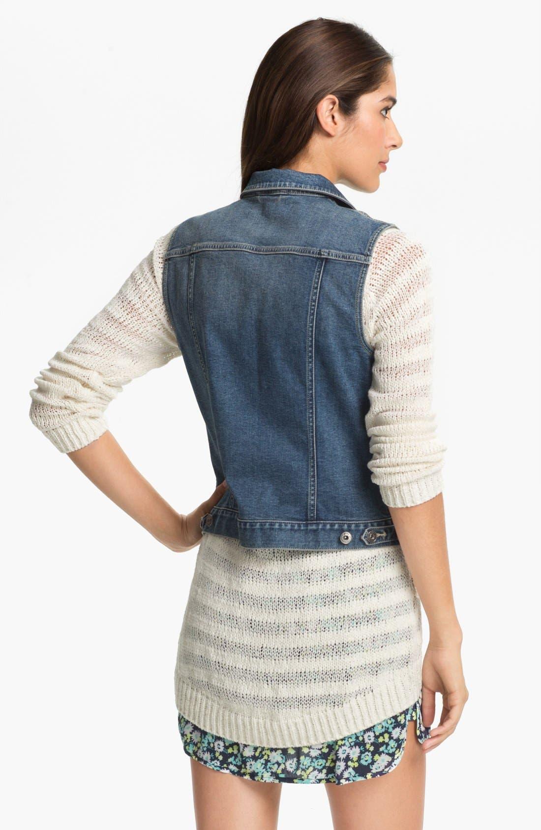 Alternate Image 2  - Two by Vince Camuto Vintage Wash Denim Vest (Petite)