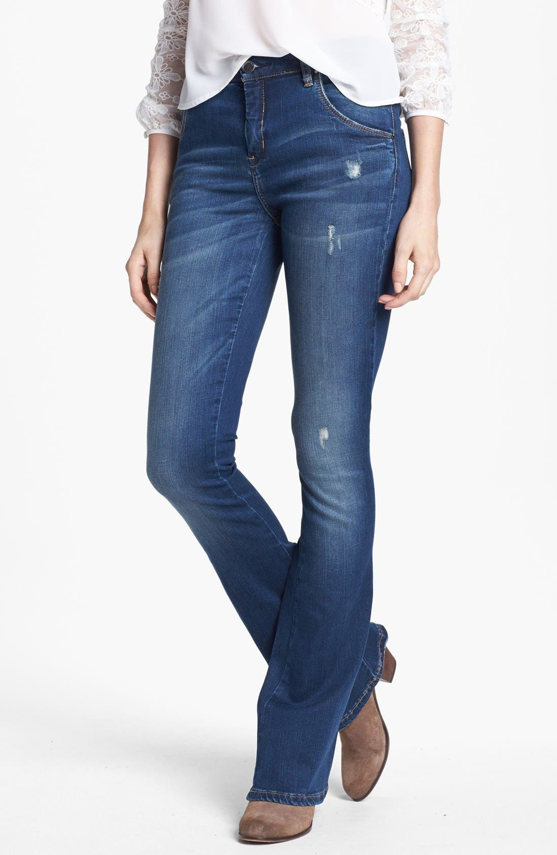 Main Image - BLANKNYC 'Short Stack' Flare Leg Jeans