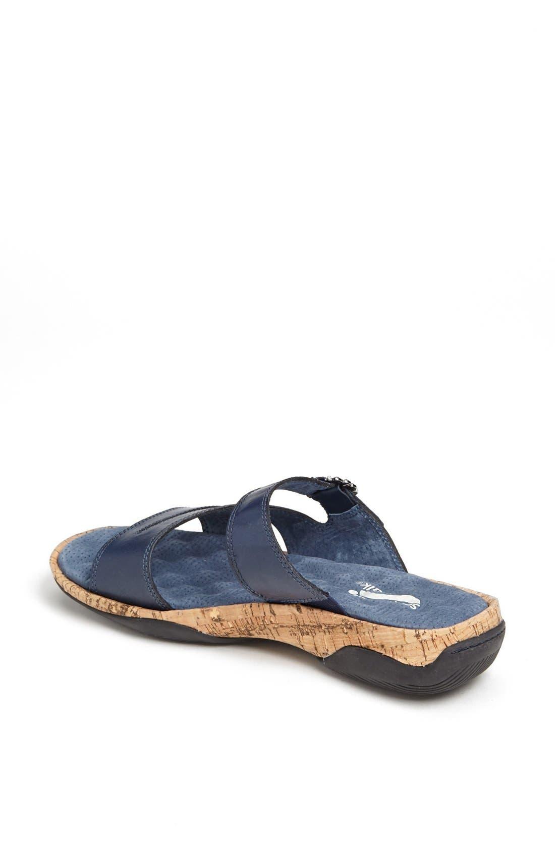 Alternate Image 2  - SoftWalk® 'Bermuda' Sandal