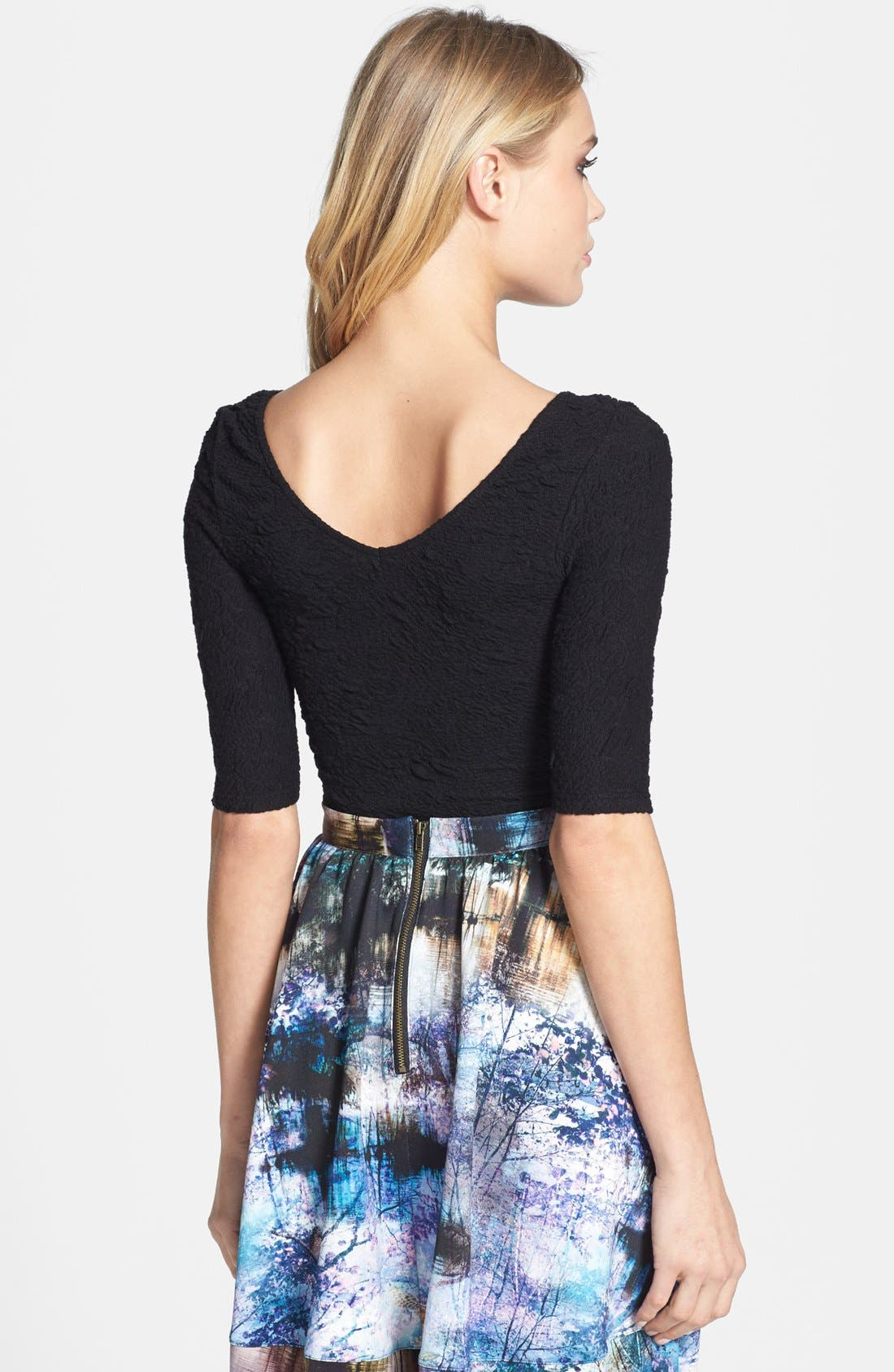 Alternate Image 2  - Topshop Textured Double V-Neck Top