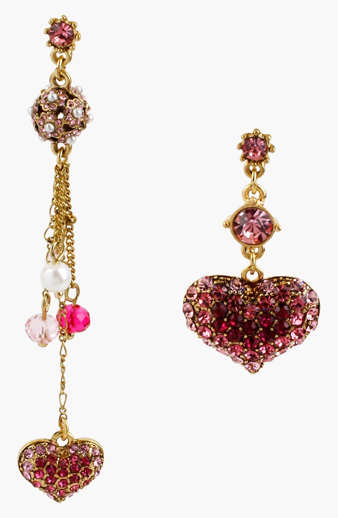Main Image - Betsey Johnson 'Vintage Bow' Mismatch Heart Linear Earrings