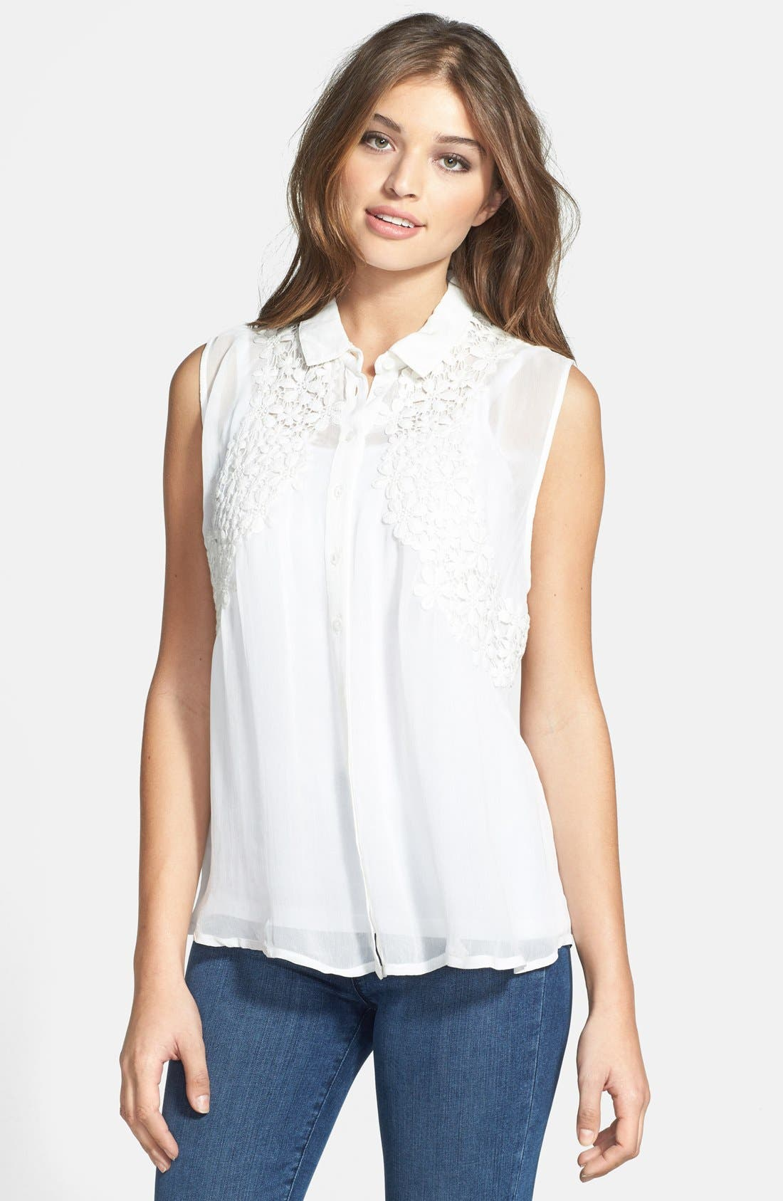Main Image - Dex Embroidered Sleeveless Blouse