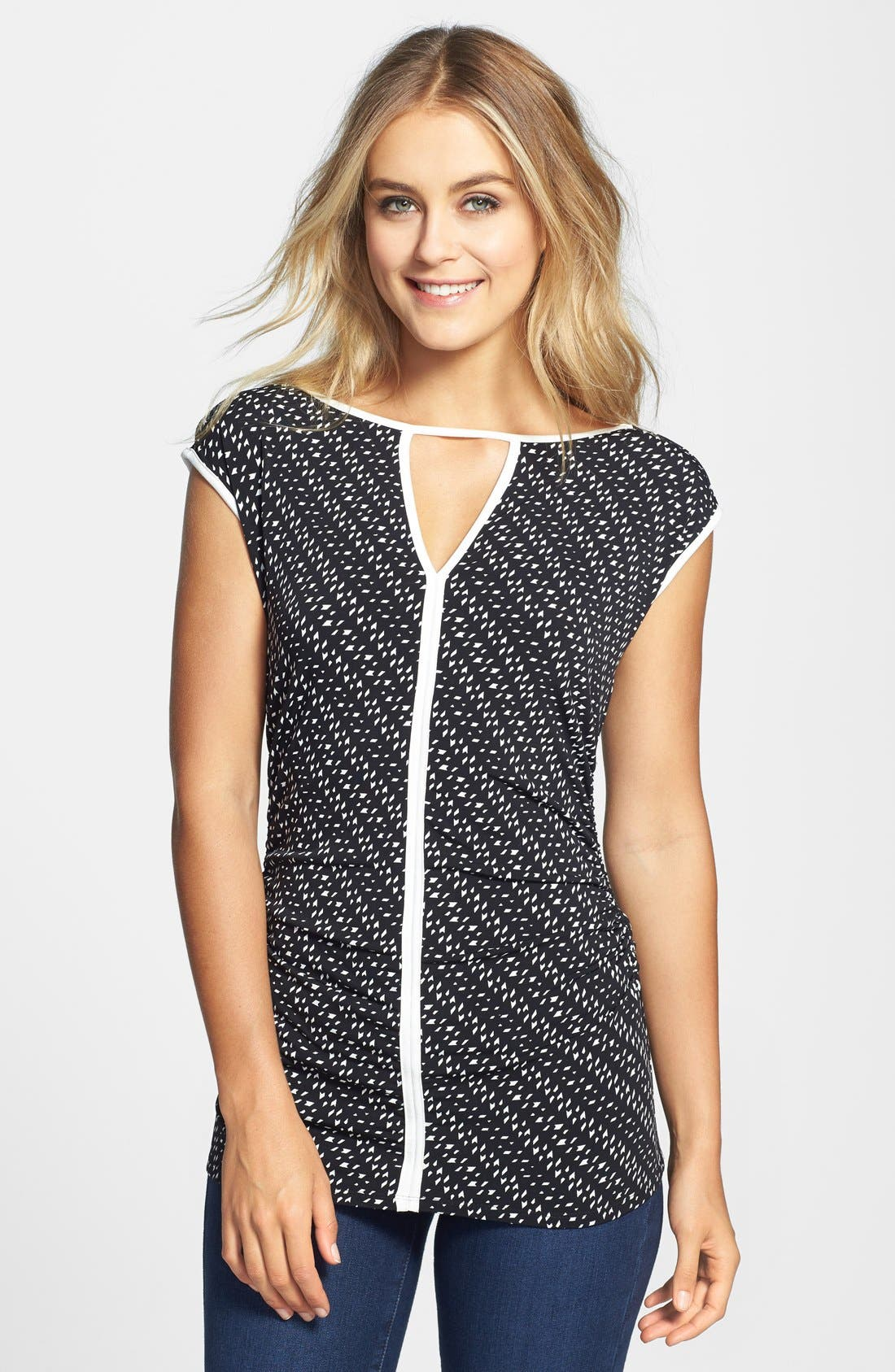 Alternate Image 1 Selected - Vince Camuto 'Graphic Specks' Contrast Trim Top (Regular & Petite)