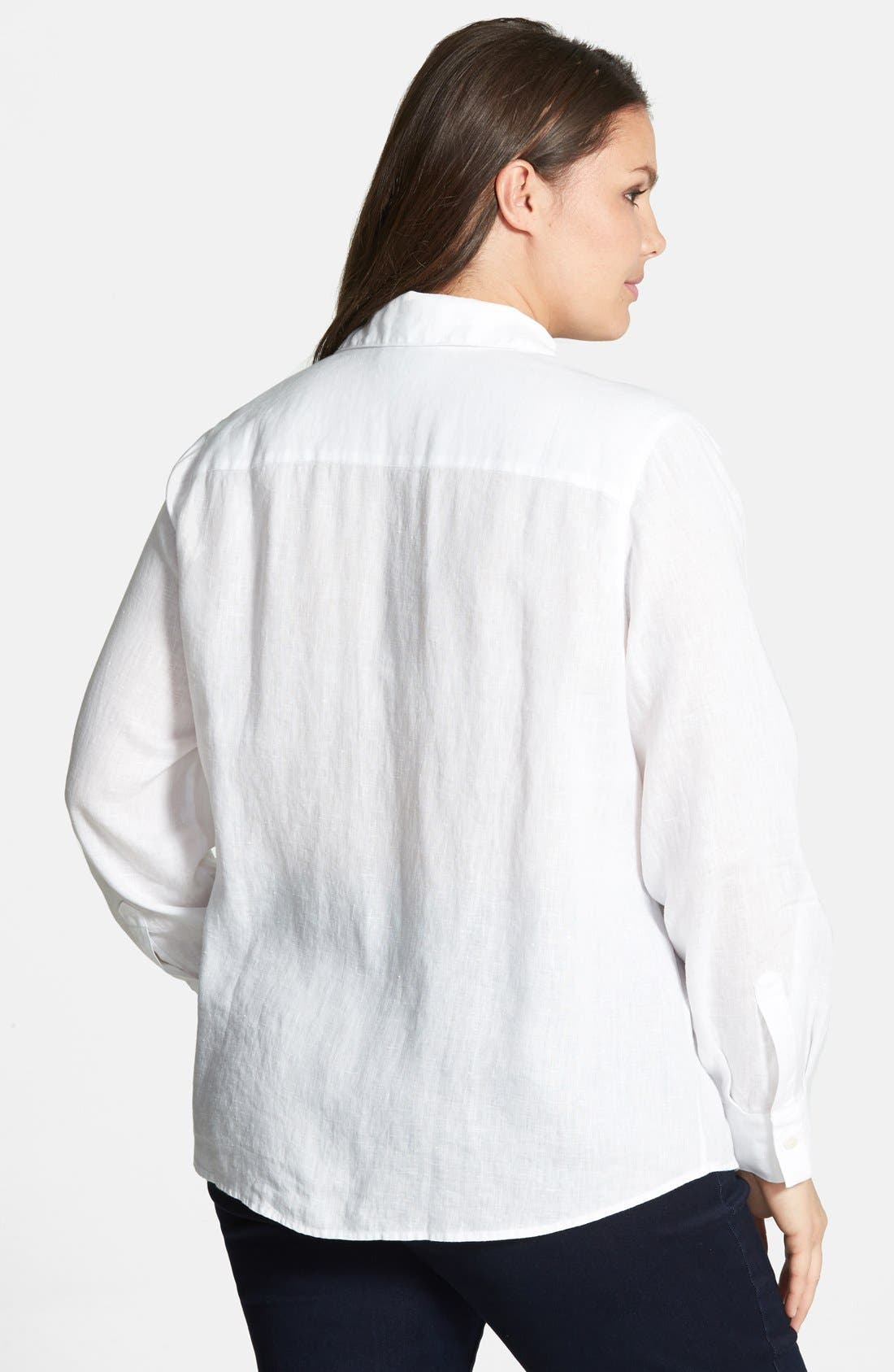 Alternate Image 2  - Foxcroft Shaped Linen Roll Sleeve Shirt (Plus Size)