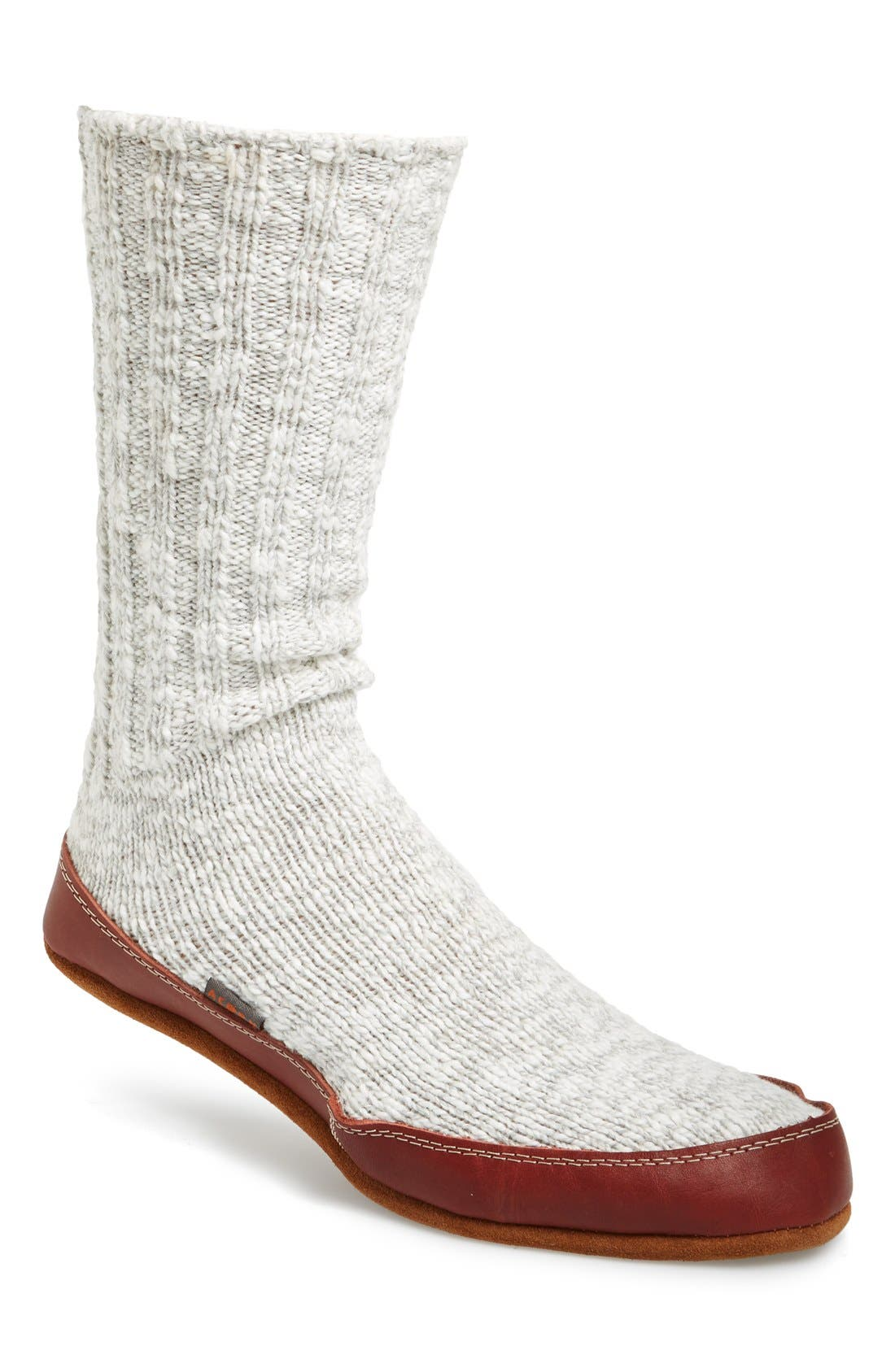 Alternate Image 1 Selected - Acorn Slipper Socks (Online Only) (Men)