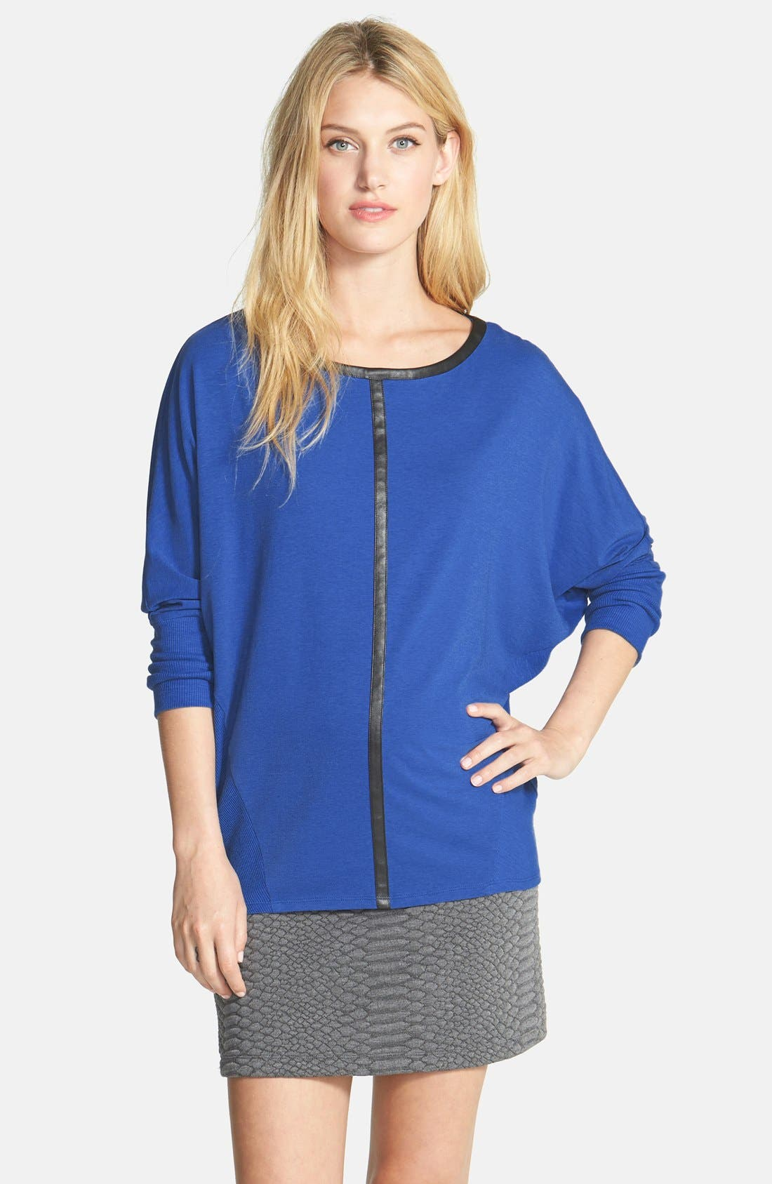 Main Image - Two by Vince Camuto 'Saturday' Faux Leather Trim Top
