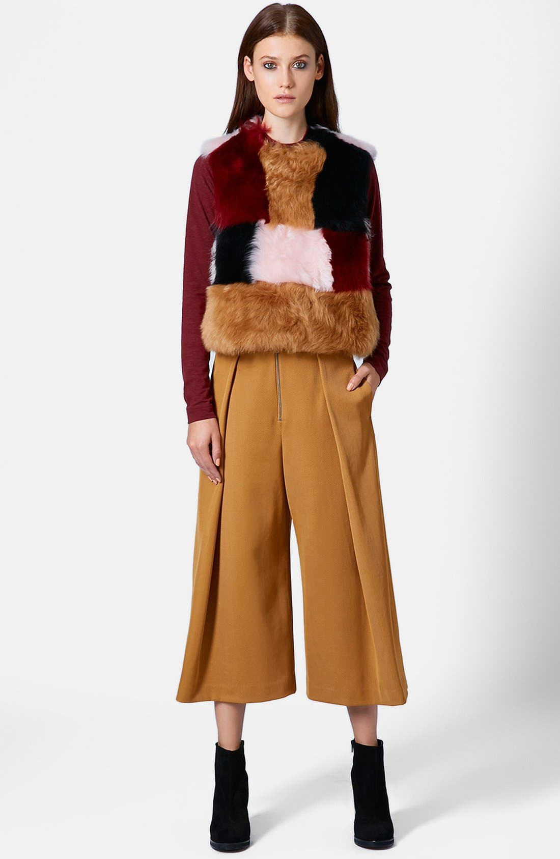 Main Image - Topshop Unique Pleated Crop Wool Trousers