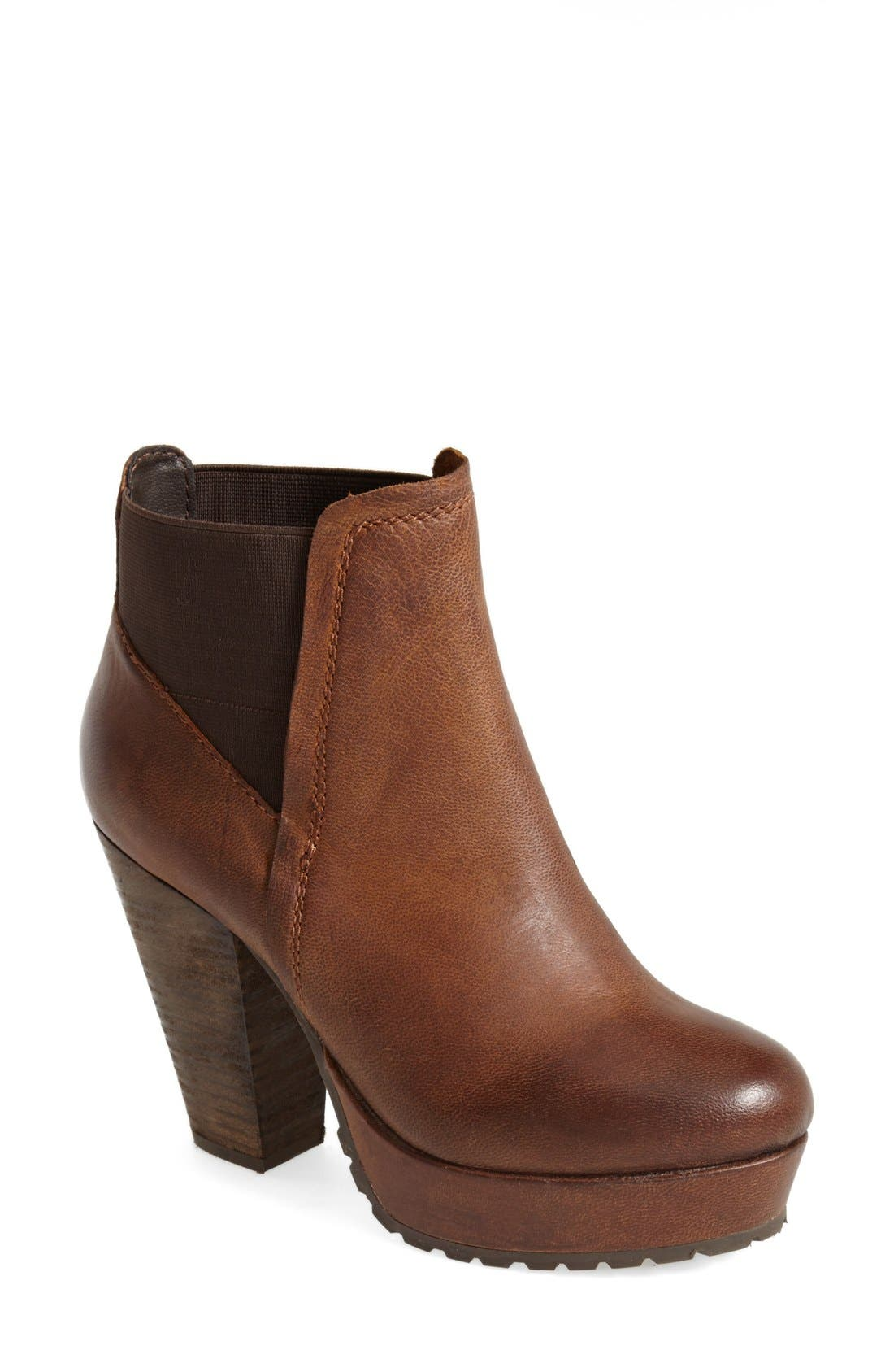 Alternate Image 1 Selected - Steve Madden 'Randaal' Leather Platform Bootie (Women)