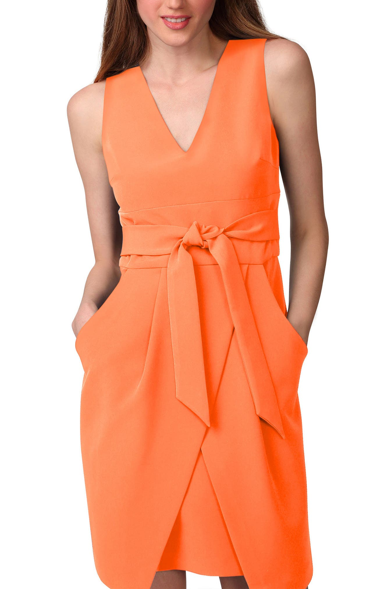 DONNA MORGAN Tulip Hem Sleeveless Crepe Dress
