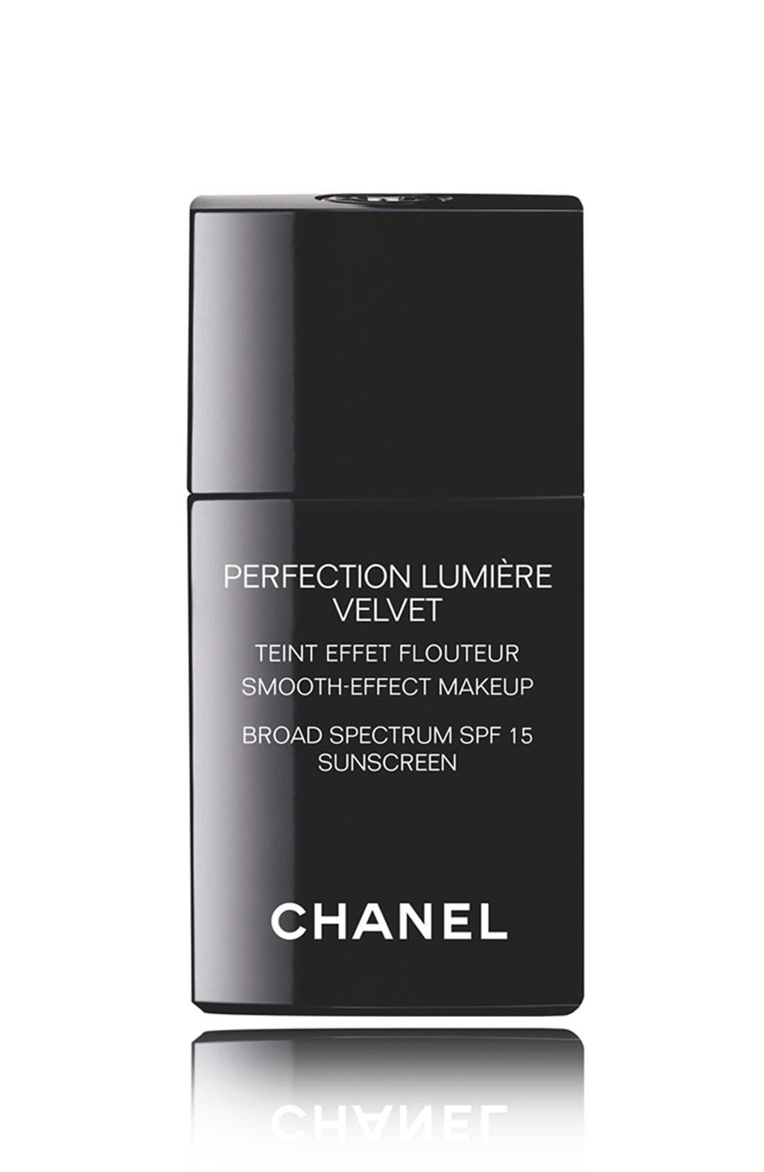 CHANEL PERFECTION LUMIÈRE VELVET  Smooth-Effect Makeup Broad Spectrum SPF 15 Sunscreen