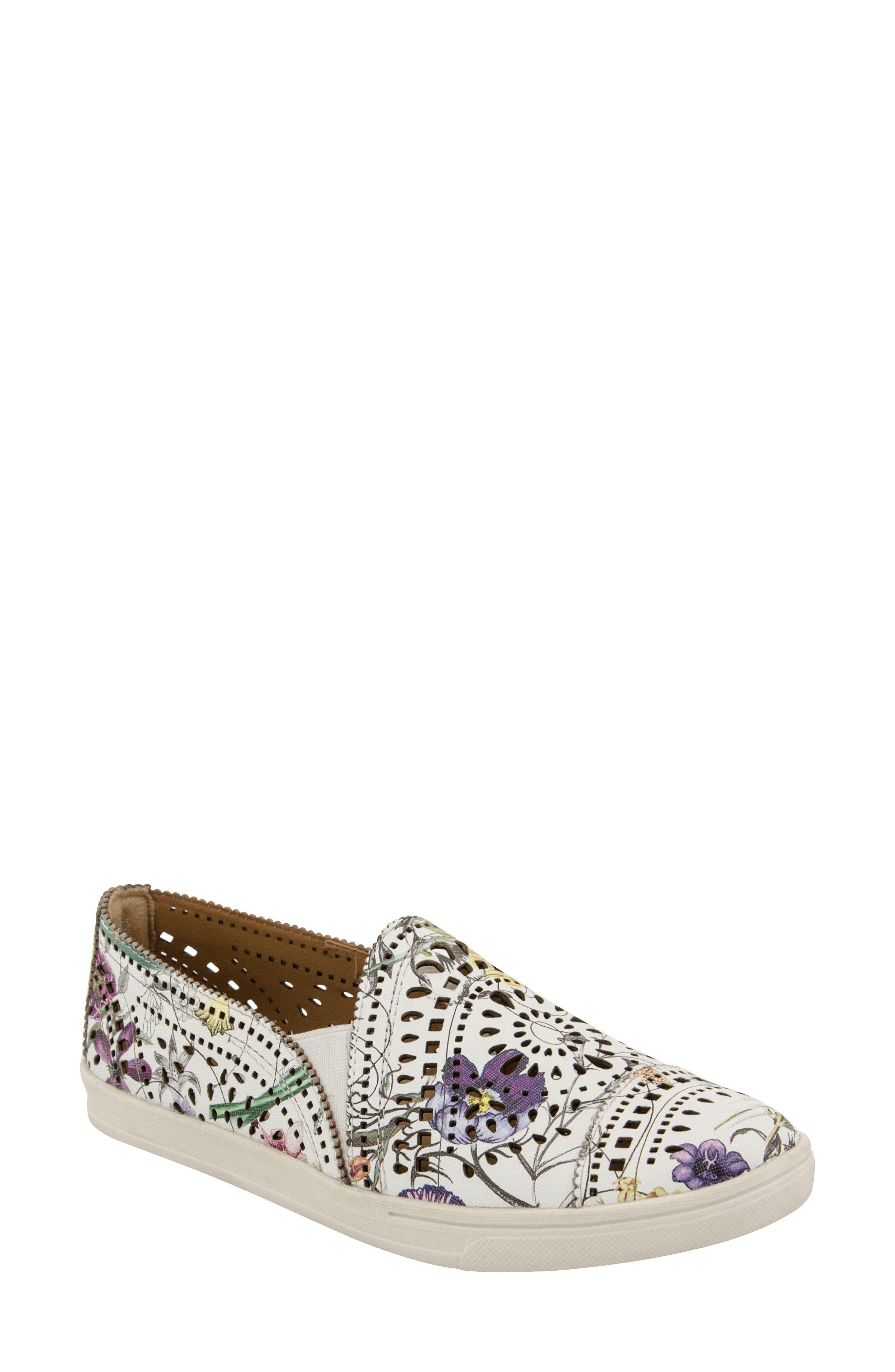 Main Image - Earth® 'Tangelo' Slip-On Sneaker (Women)