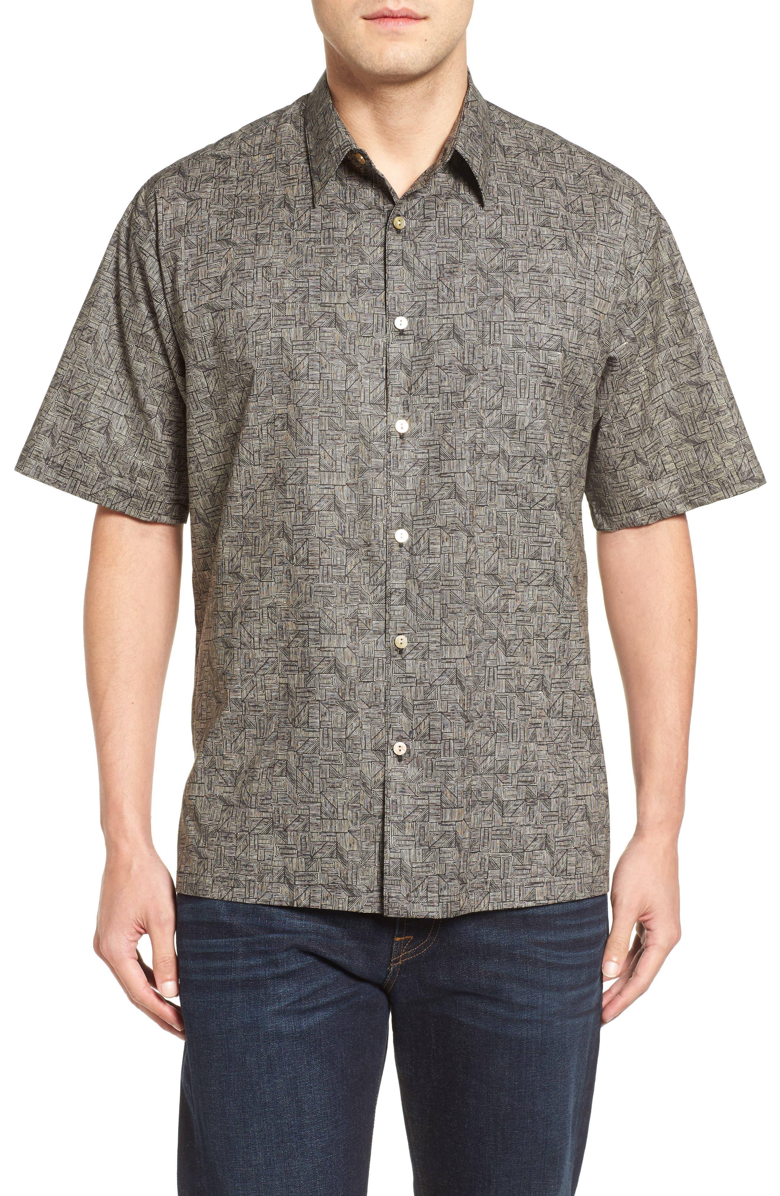 Tori Richard Labyrinth Short Sleeve Classic Fit Sport Shirt