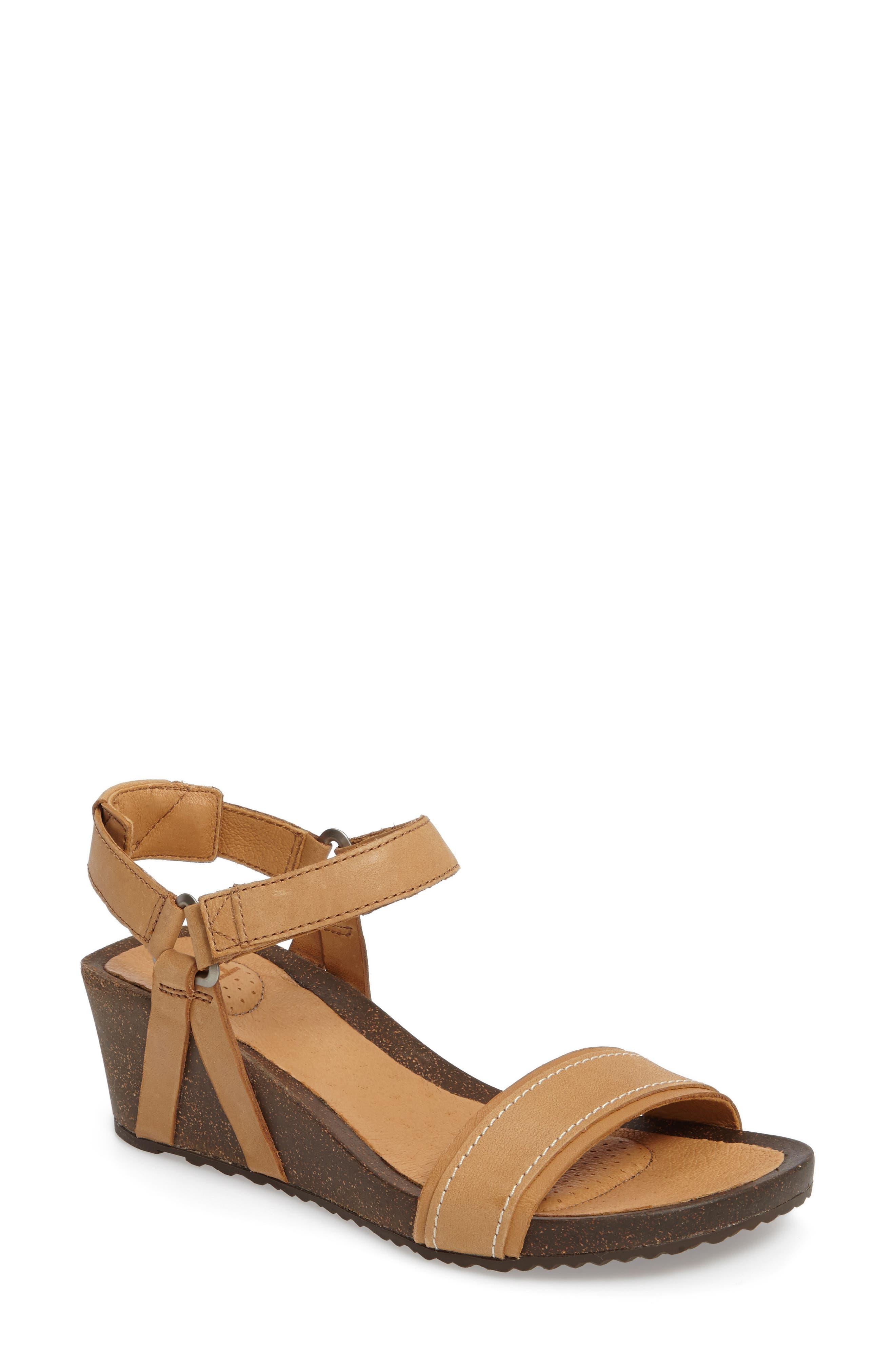 Alternate Image 1 Selected - Tevo Ysidro Stitch Wedge Sandal (Women)