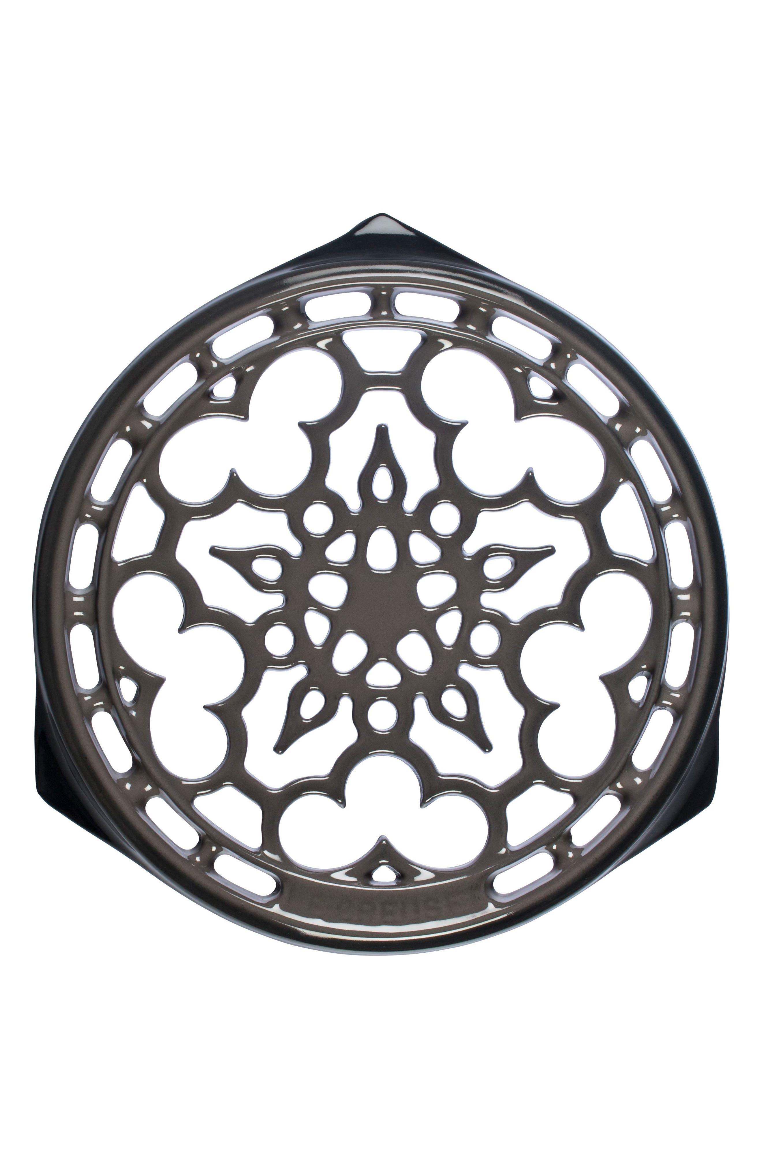 Le Creuset Deluxe Round Enamel Cast Iron Trivet