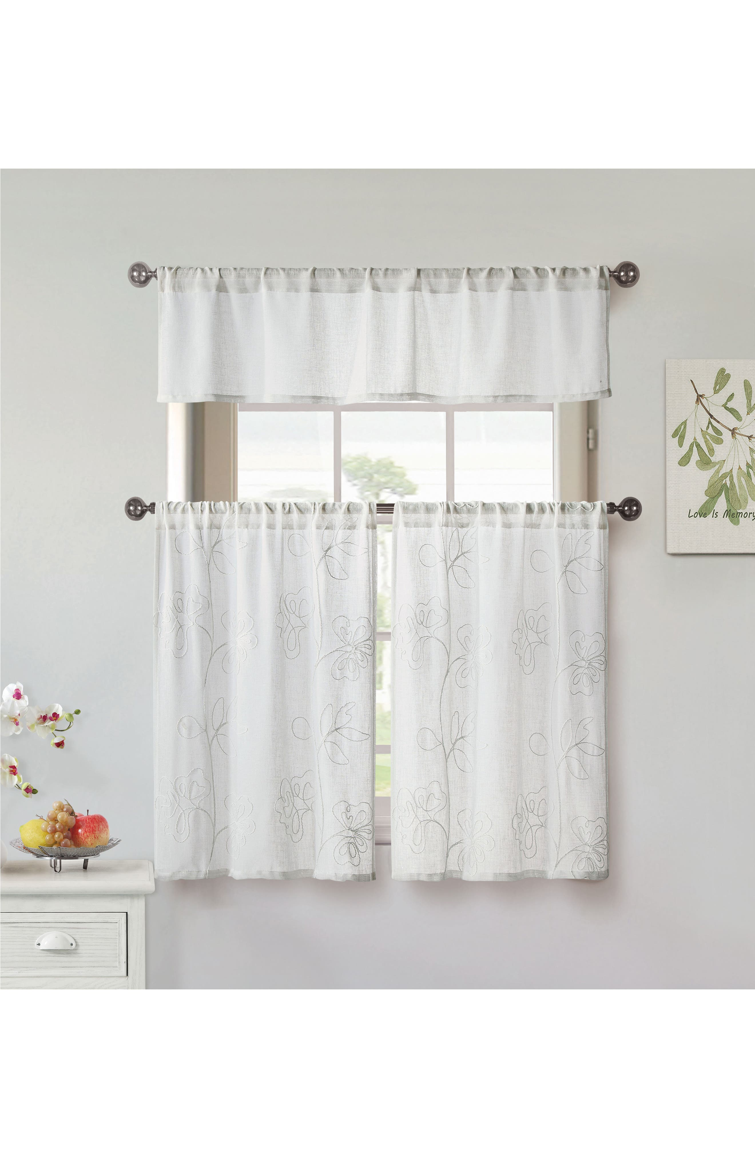 Duck River Textile Katness Set of 3 Tiered Small Pole Top Window Panels