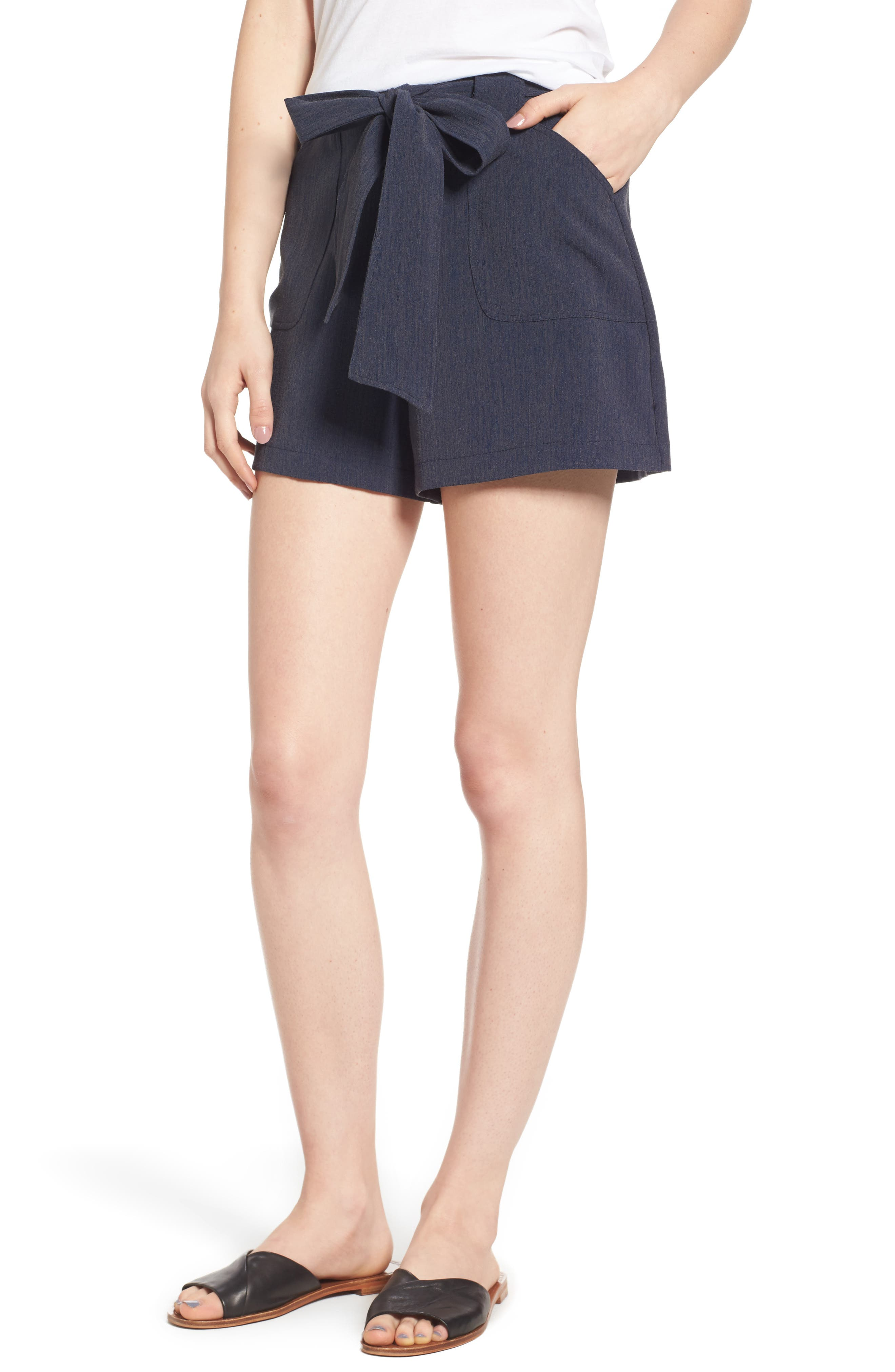 Leith Tie Waist Patch Pocket Shorts