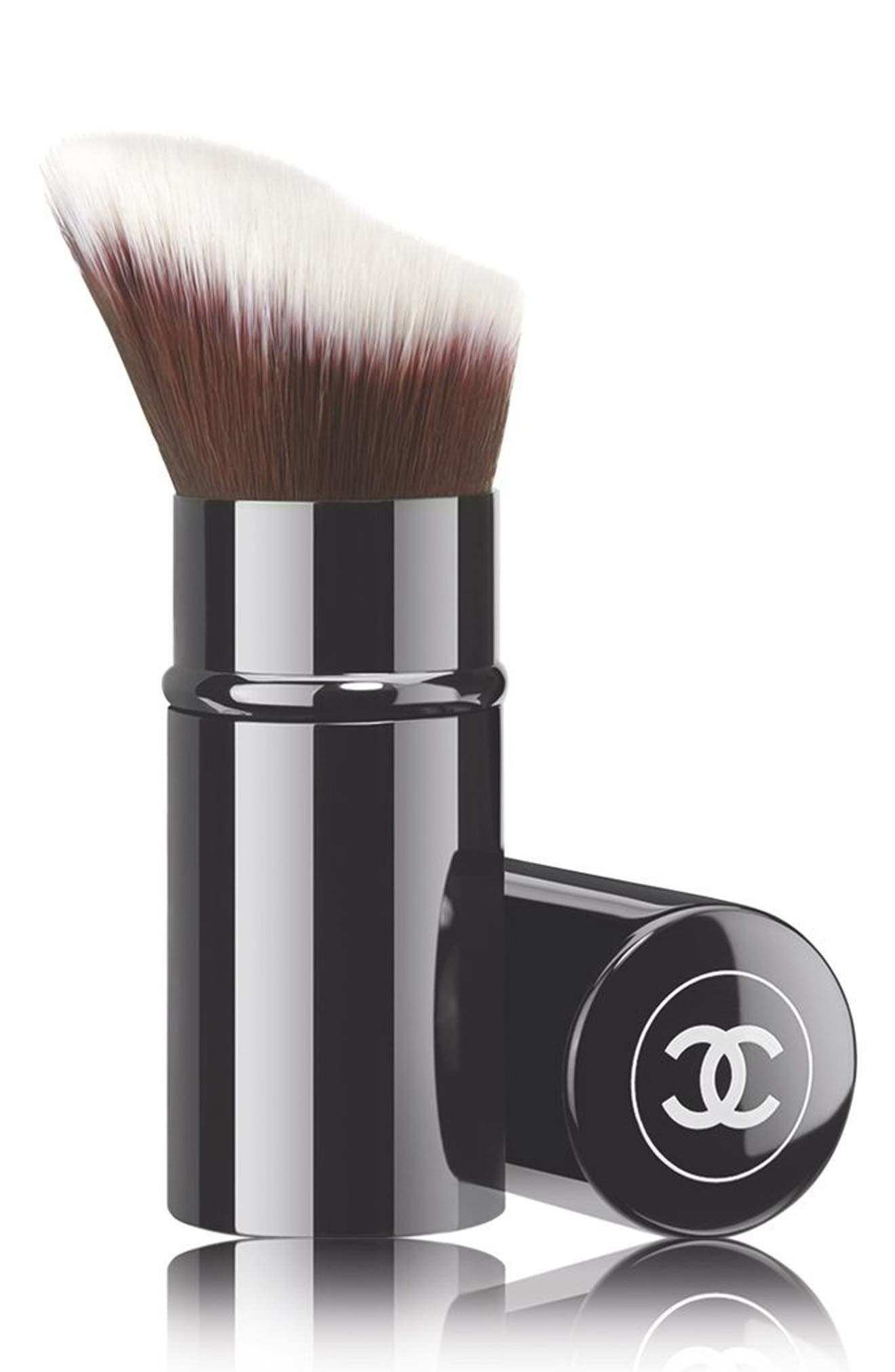 CHANEL RETRACTABLE FOUNDATION Brush