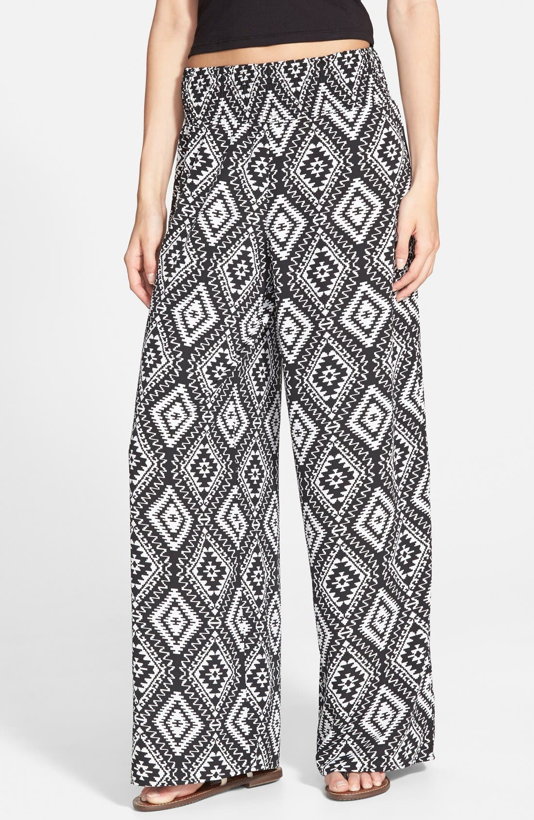 Main Image - Zoe and Rose Print Smocked Waist Palazzo Pants