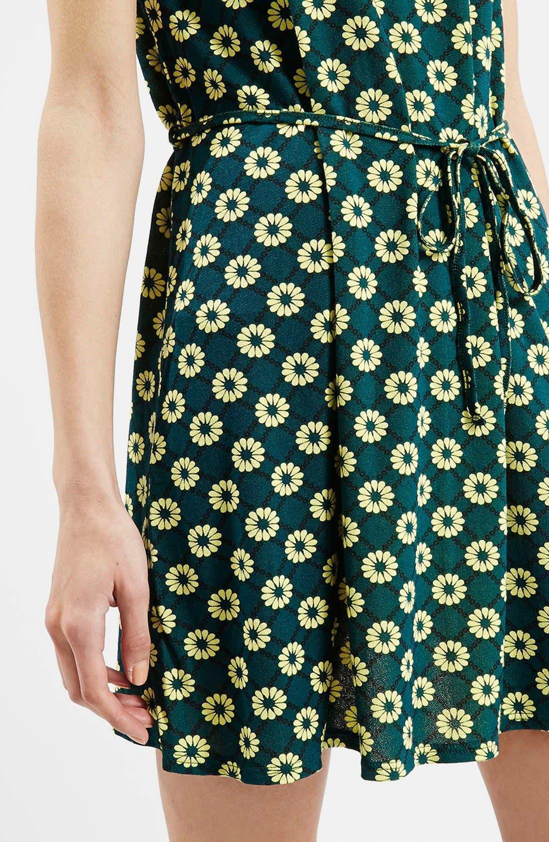 Alternate Image 4  - Topshop 'Scandi' Flippy Sleeveless Dress
