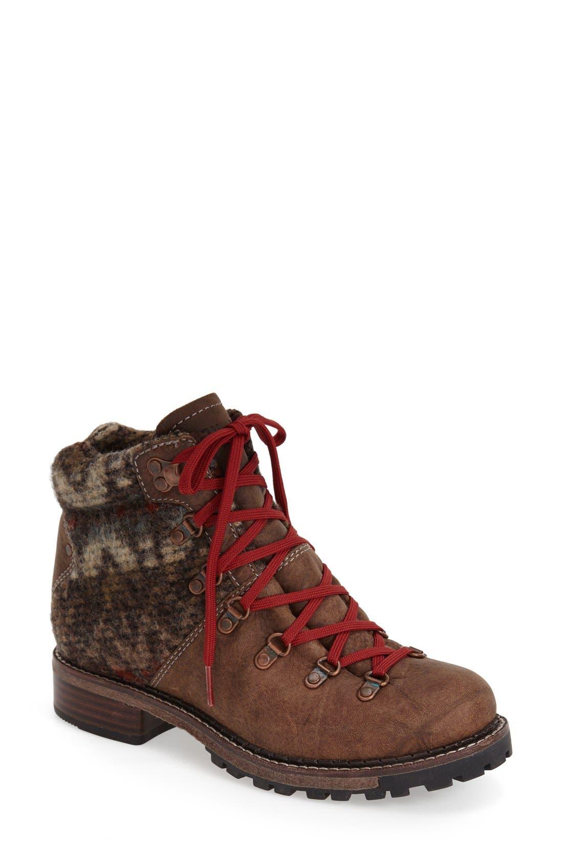 WOOLRICH 'Rockies' Hiking Boot