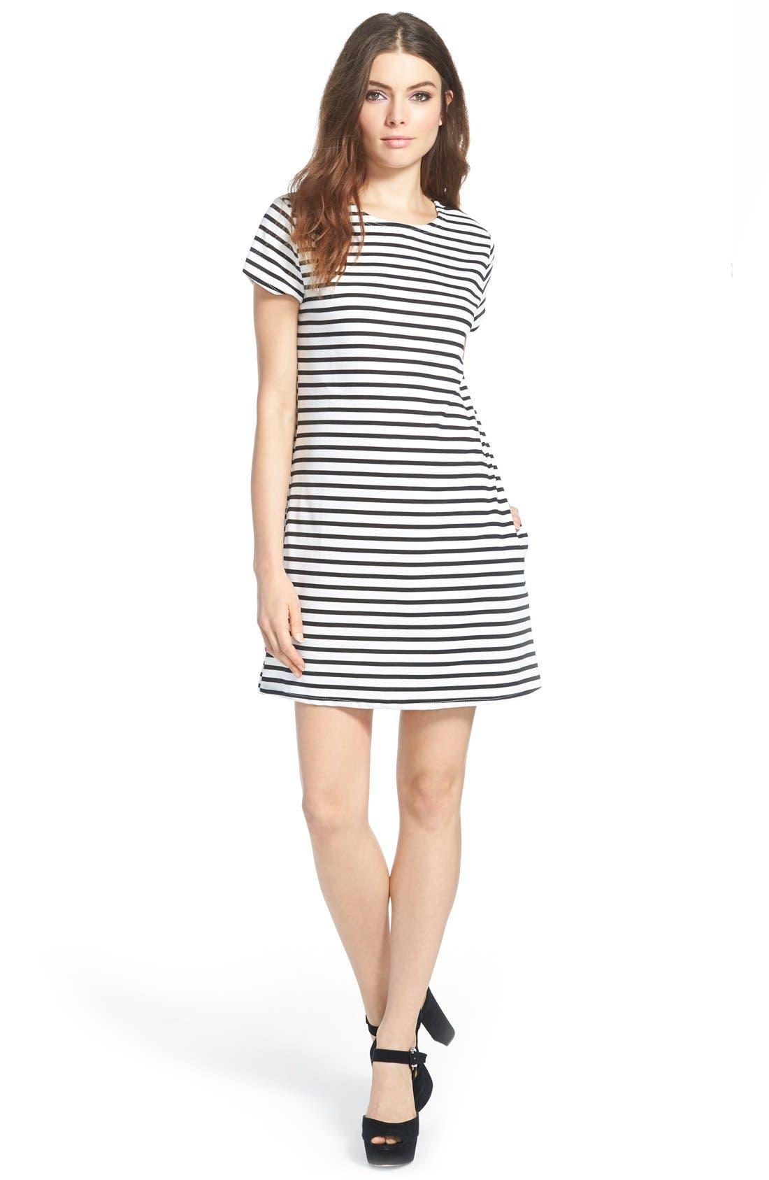 Alternate Image 1 Selected - MissguidedStripe Shift Dress